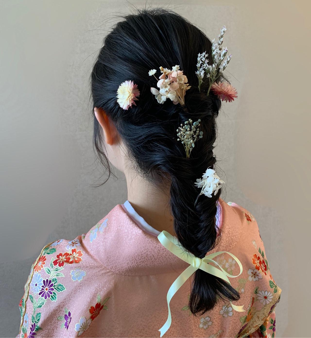 簡単ヘアアレンジ ヘアアクセ ガーリー 卒業式 ヘアスタイルや髪型の写真・画像