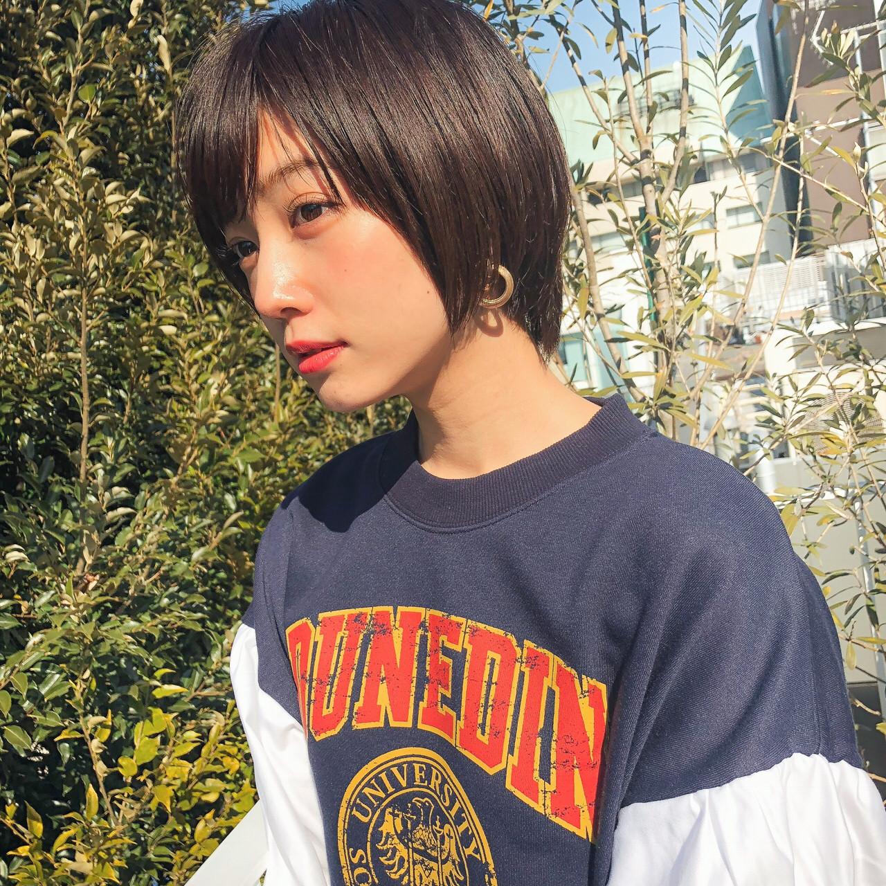 大人かわいい アウトドア ショート ゆるふわ ヘアスタイルや髪型の写真・画像 | HIRA / Un ami