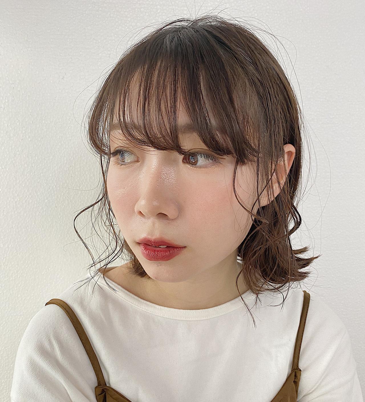 ナチュラル ボブ 簡単ヘアアレンジ デート ヘアスタイルや髪型の写真・画像   夏井裕司 / Frais