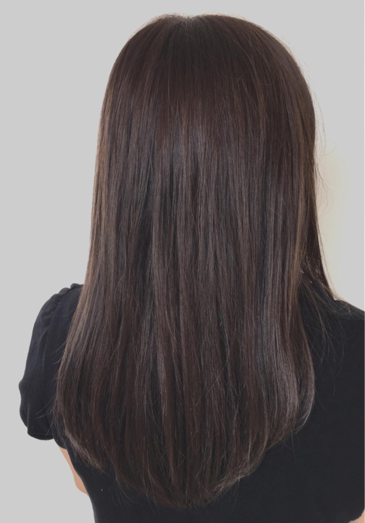 アッシュ セミロング ストレート 透明感 ヘアスタイルや髪型の写真・画像