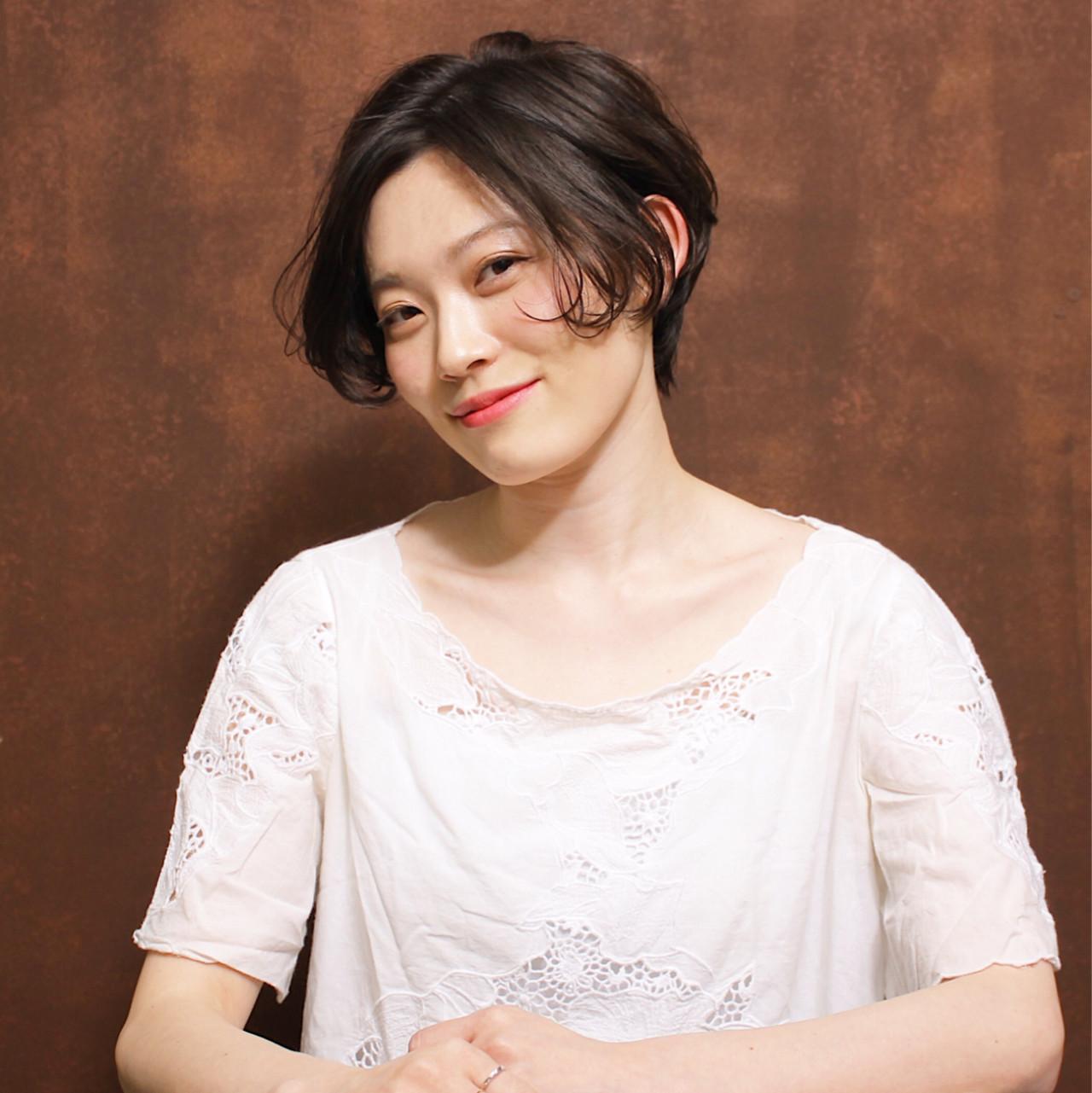 色気 ニュアンス 小顔 かわいい ヘアスタイルや髪型の写真・画像   Madoka / hair&make / CYANDELUCCA
