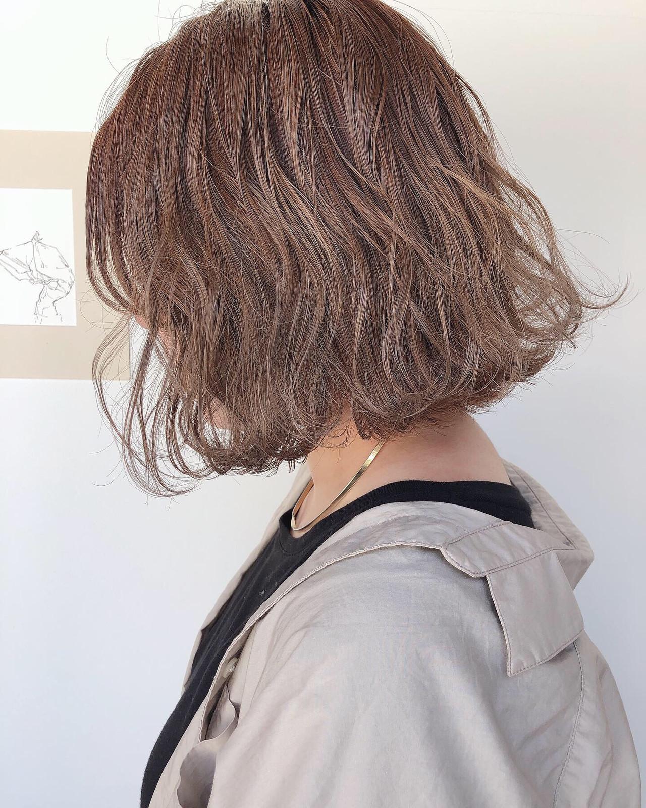 ミルクティーグレージュ ナチュラル ミルクティーベージュ ボブ ヘアスタイルや髪型の写真・画像