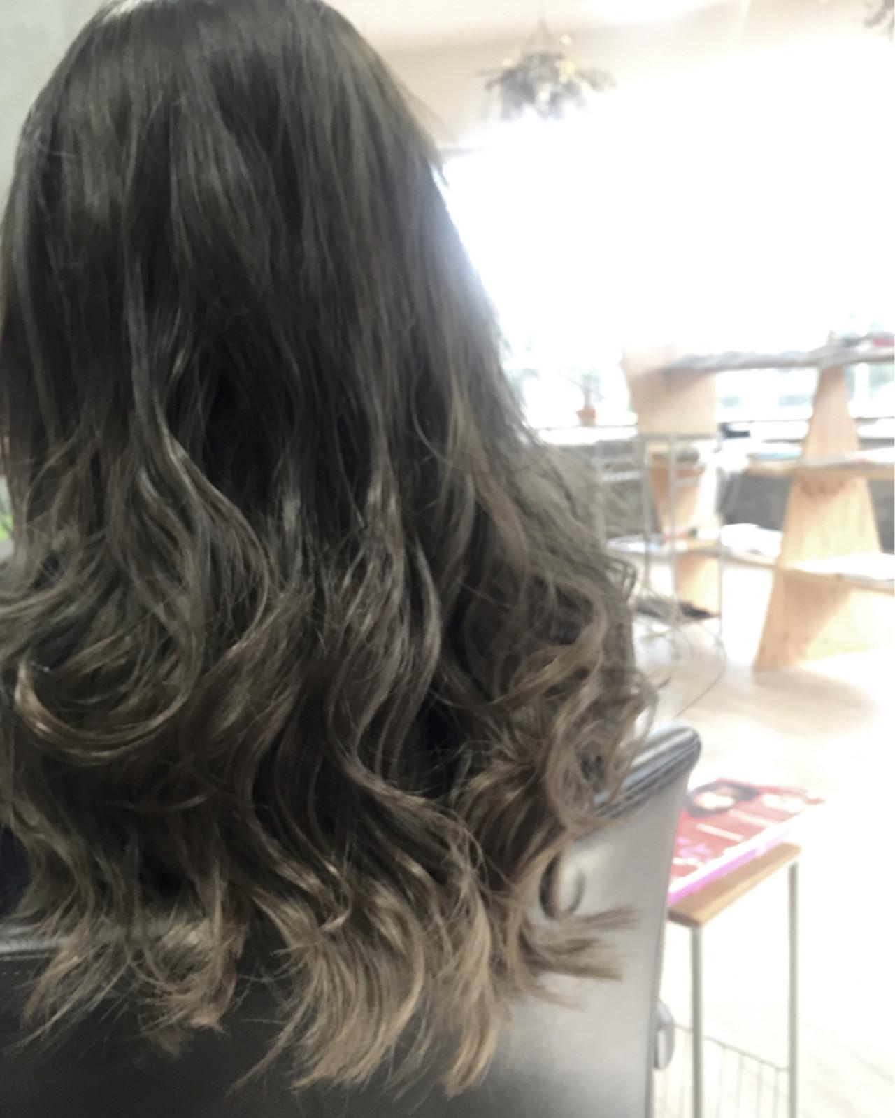 モード ブルージュ ロング グラデーションカラー ヘアスタイルや髪型の写真・画像 | 水江公一 / IRODORI hair design