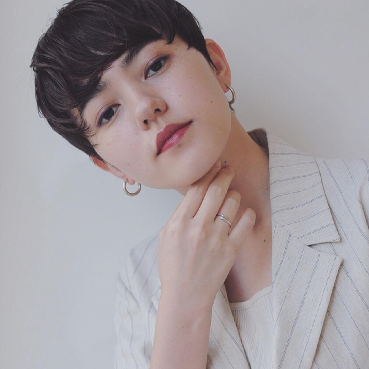 ベリーショート 黒髪 ショート ナチュラル ヘアスタイルや髪型の写真・画像 | 小走 祥菜 / tricca daikanyama