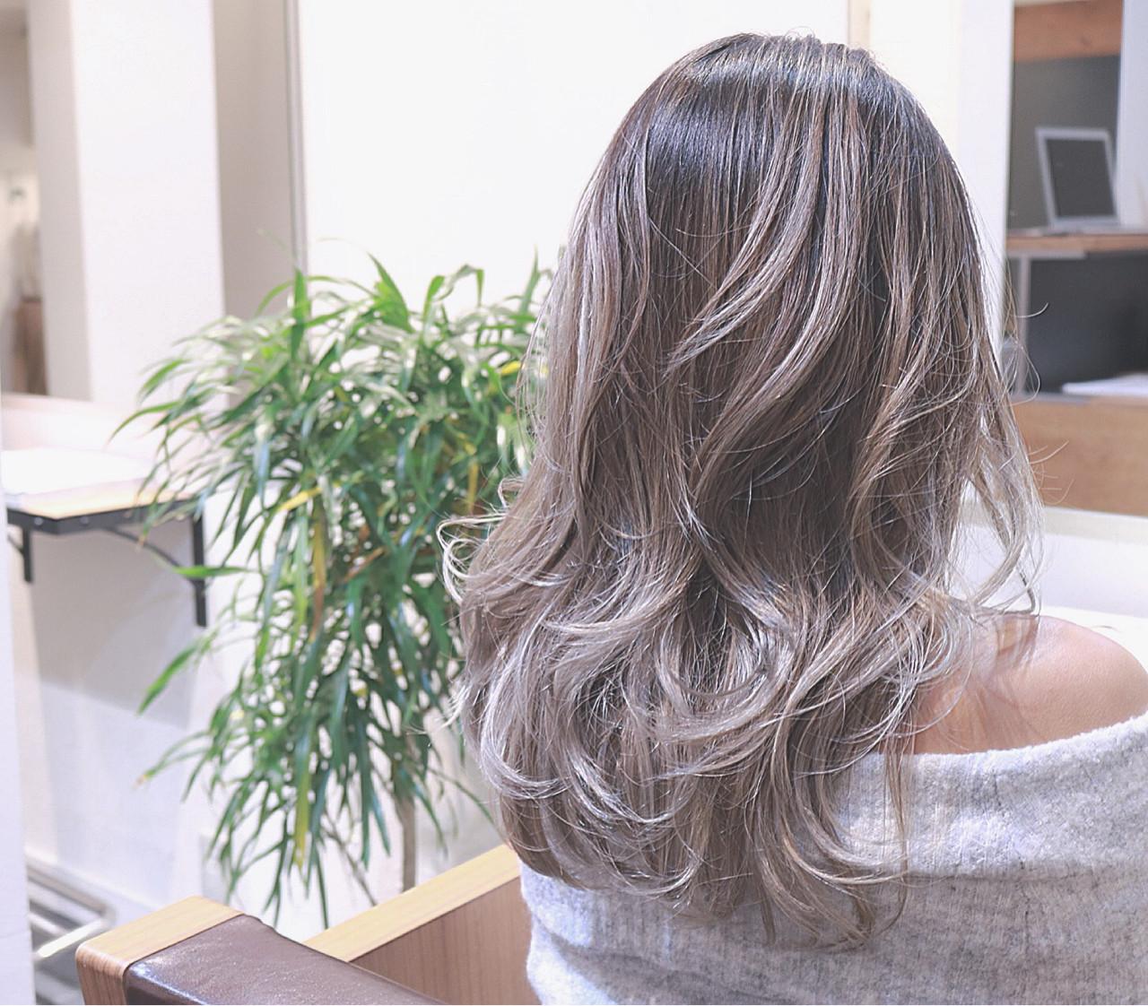 ストリート 外国人風 ホワイト ハイライト ヘアスタイルや髪型の写真・画像