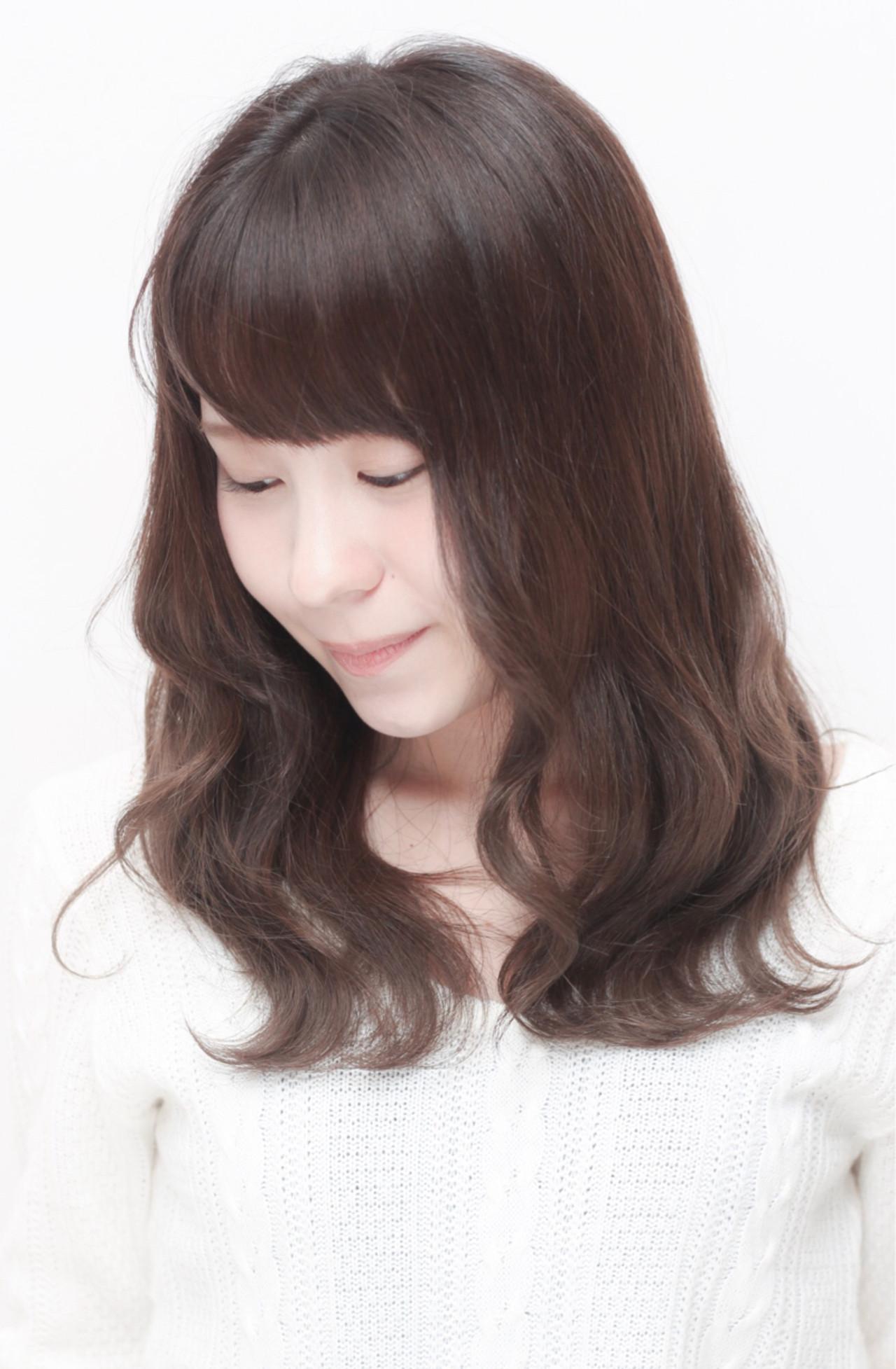 暗髪 大人かわいい フェミニン ナチュラル ヘアスタイルや髪型の写真・画像
