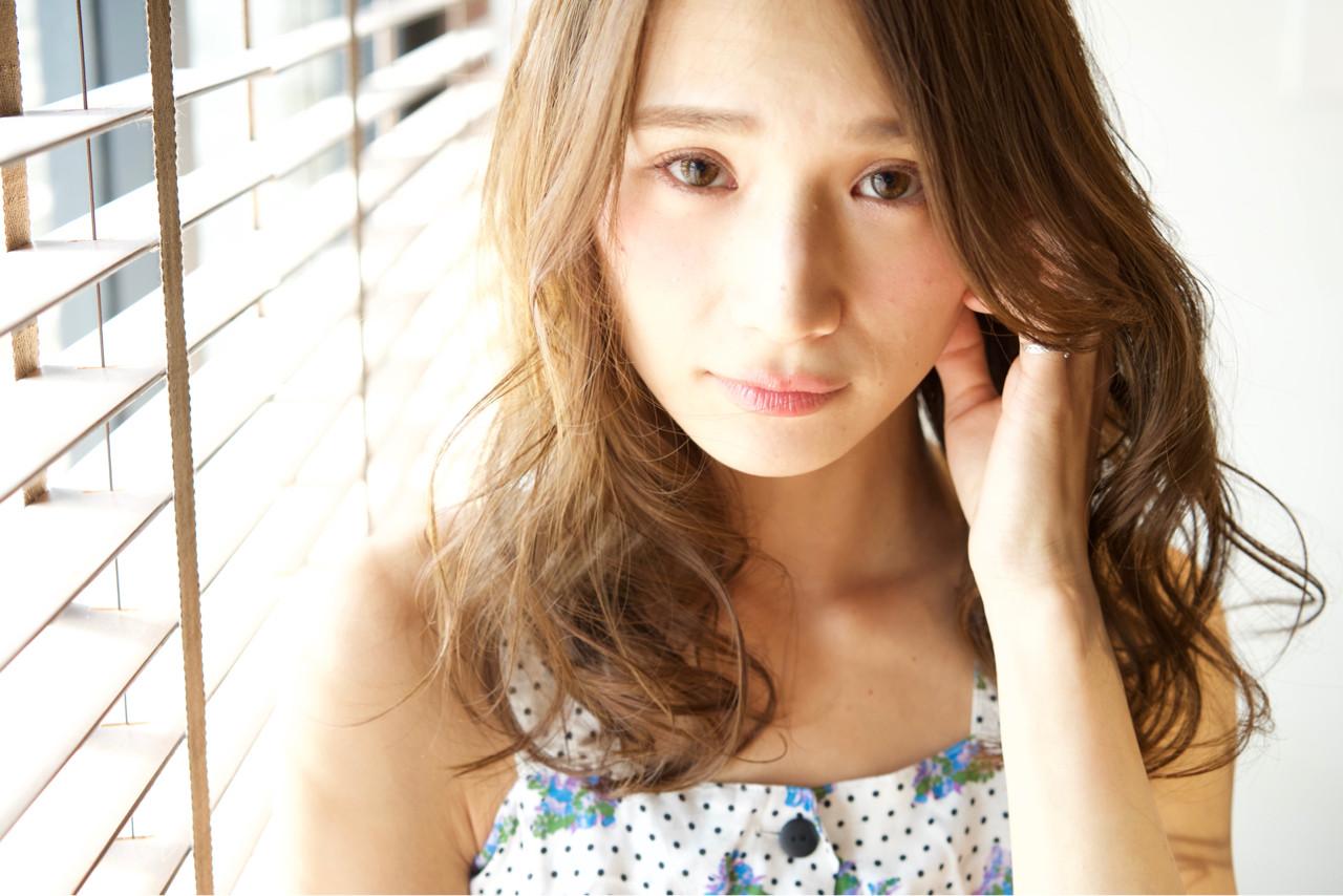 ロング アッシュ 外国人風 ブラウン ヘアスタイルや髪型の写真・画像 | 山口純一郎 / hair design Sola