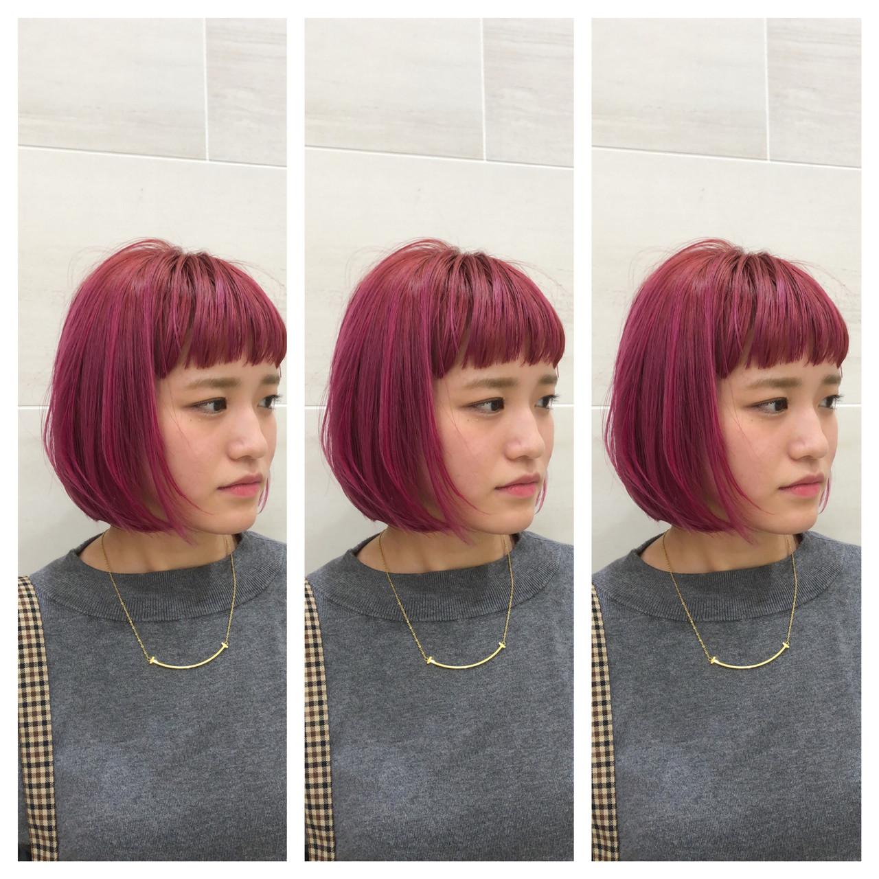 ボブ モード ピンク 切りっぱなしボブ ヘアスタイルや髪型の写真・画像