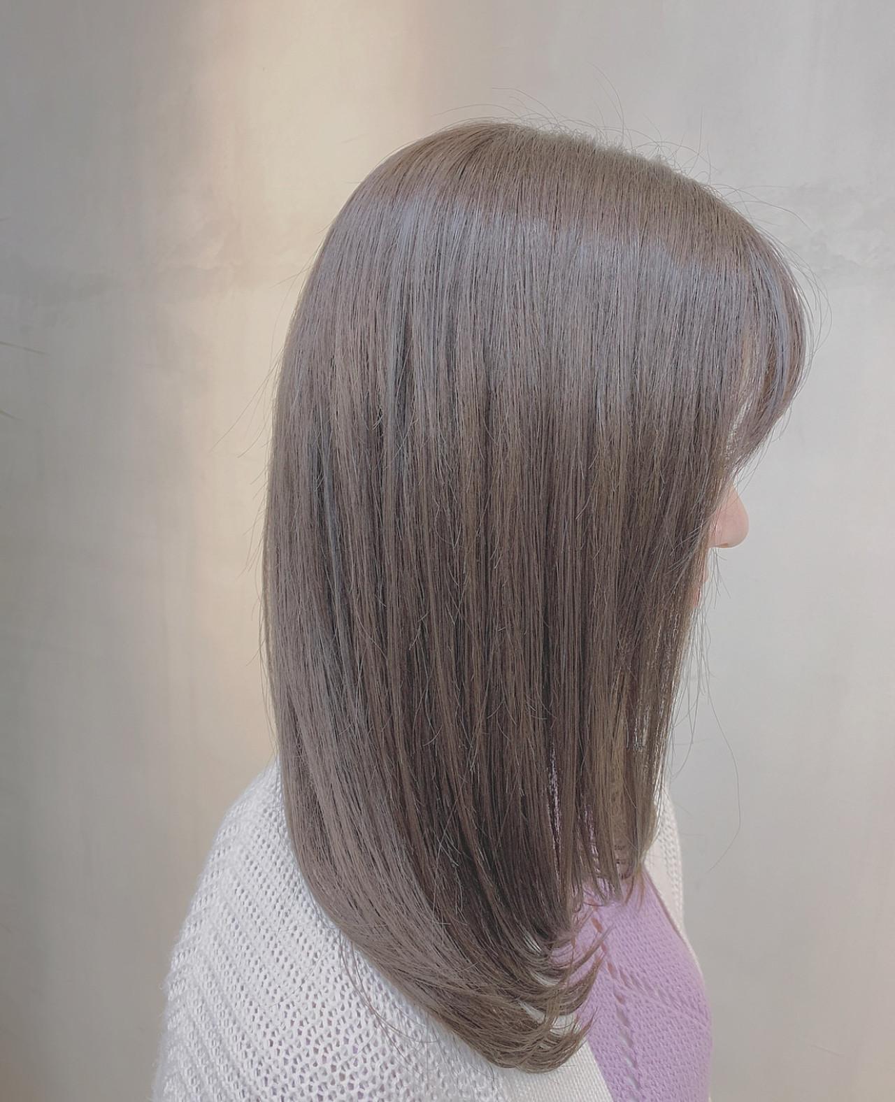 ラベンダーグレージュ 外国人風カラー ナチュラル ブルーラベンダー ヘアスタイルや髪型の写真・画像