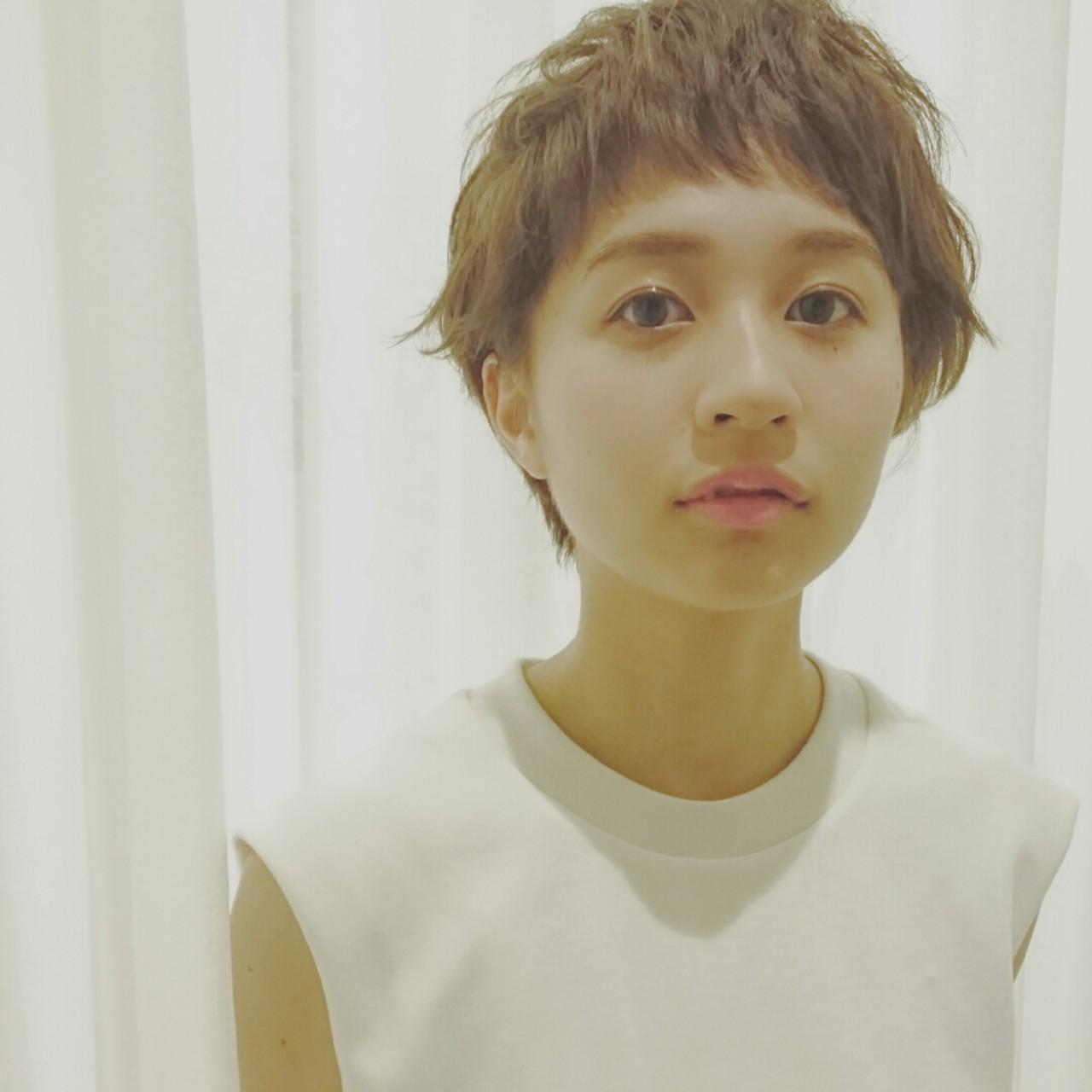 前髪あり アッシュ パーマ ストリート ヘアスタイルや髪型の写真・画像   田向理子 / luve heart's And Be