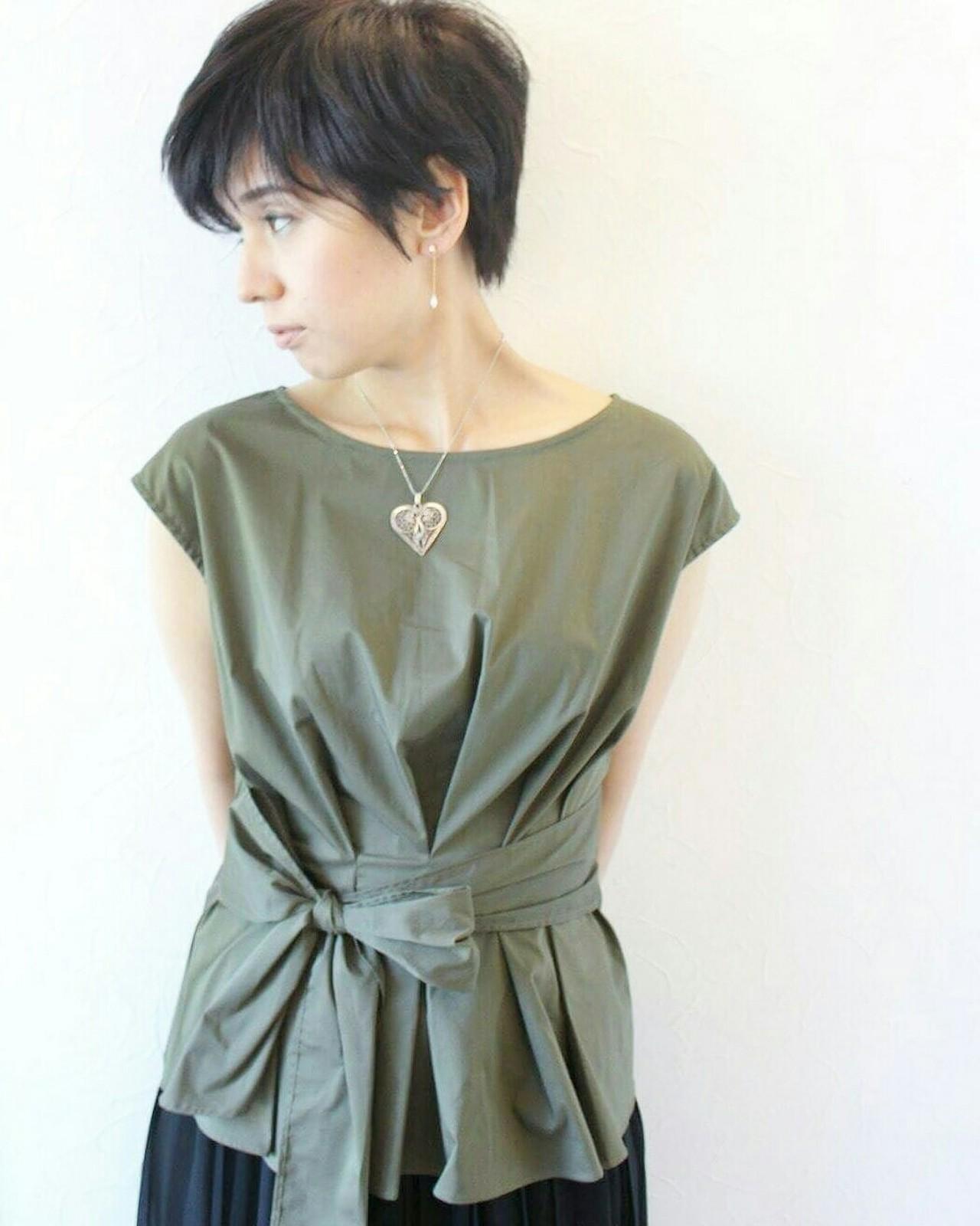 涼しげ ヘアアレンジ 坊主 ベリーショート ヘアスタイルや髪型の写真・画像 | Seiichirou Ueda / atelier luretta. Ink blue hair color