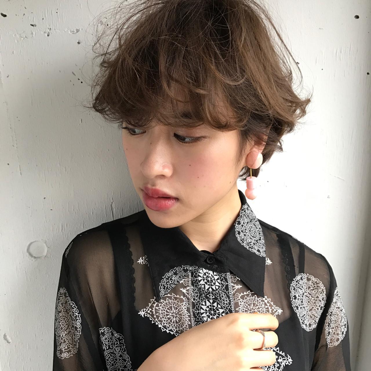 フェミニン ウルフカット デート 色気 ヘアスタイルや髪型の写真・画像