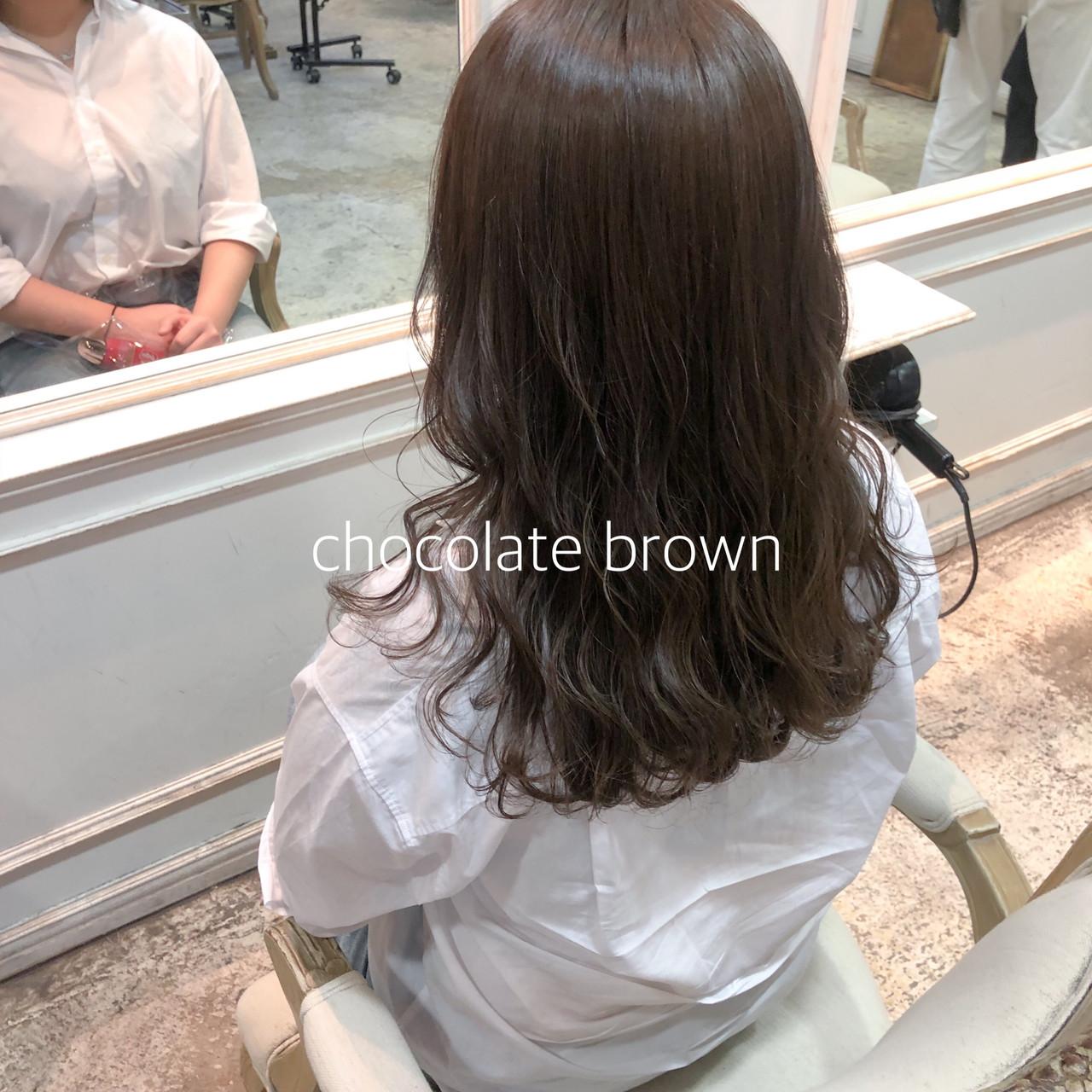 ミディアム ミルクティーベージュ ヘアカラー チョコレート ヘアスタイルや髪型の写真・画像 | ikeo gaku / H-eitf