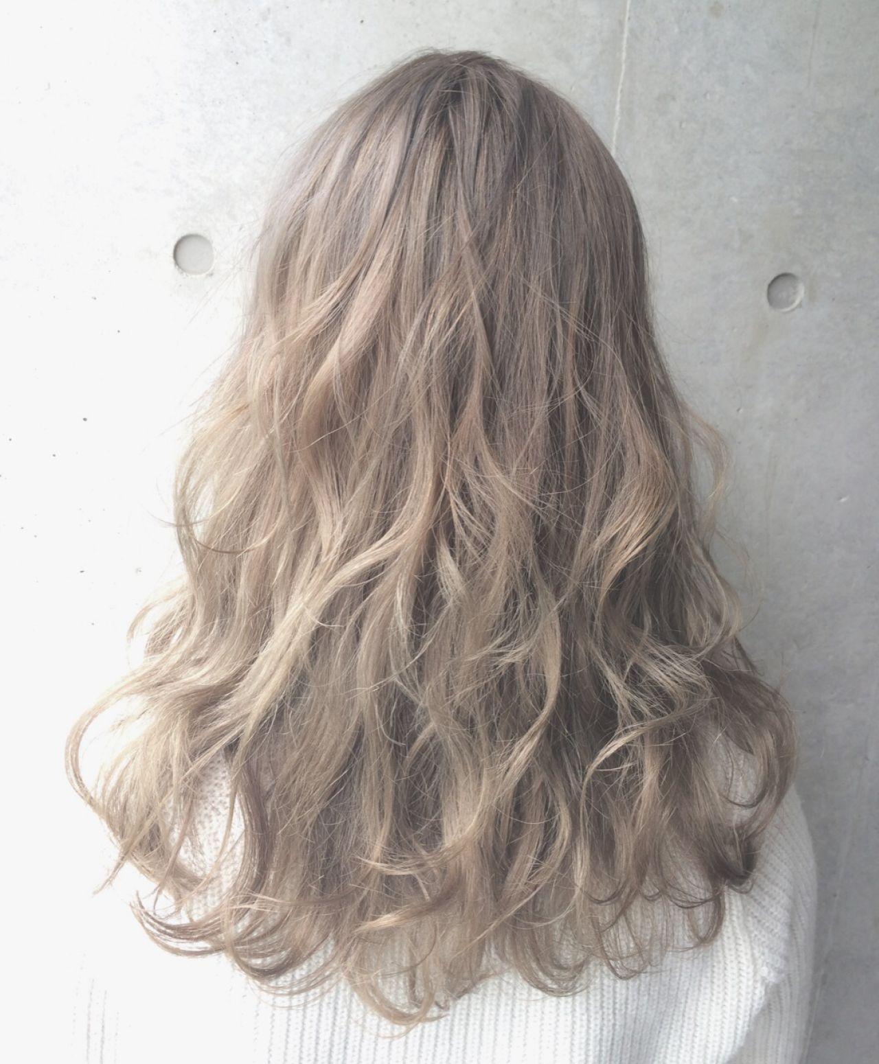 ストリート 外国人風 ハイトーン 春 ヘアスタイルや髪型の写真・画像