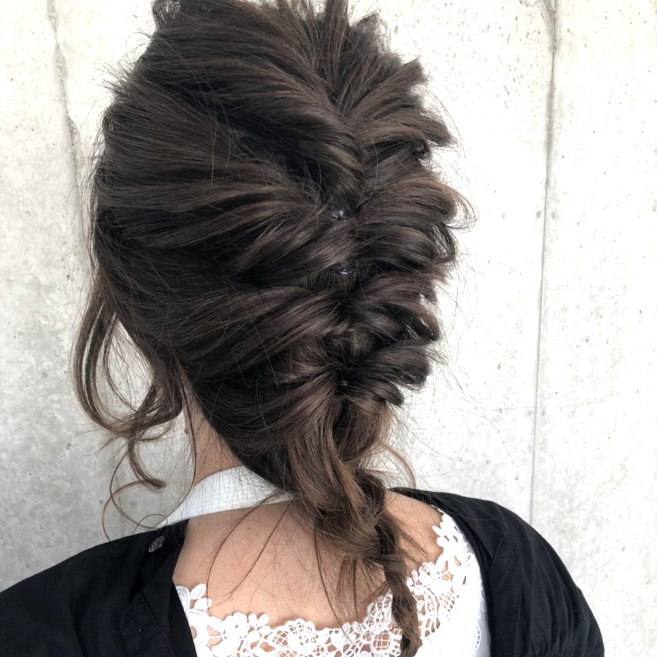 簡単ヘアアレンジ セミロング 結婚式 デート ヘアスタイルや髪型の写真・画像