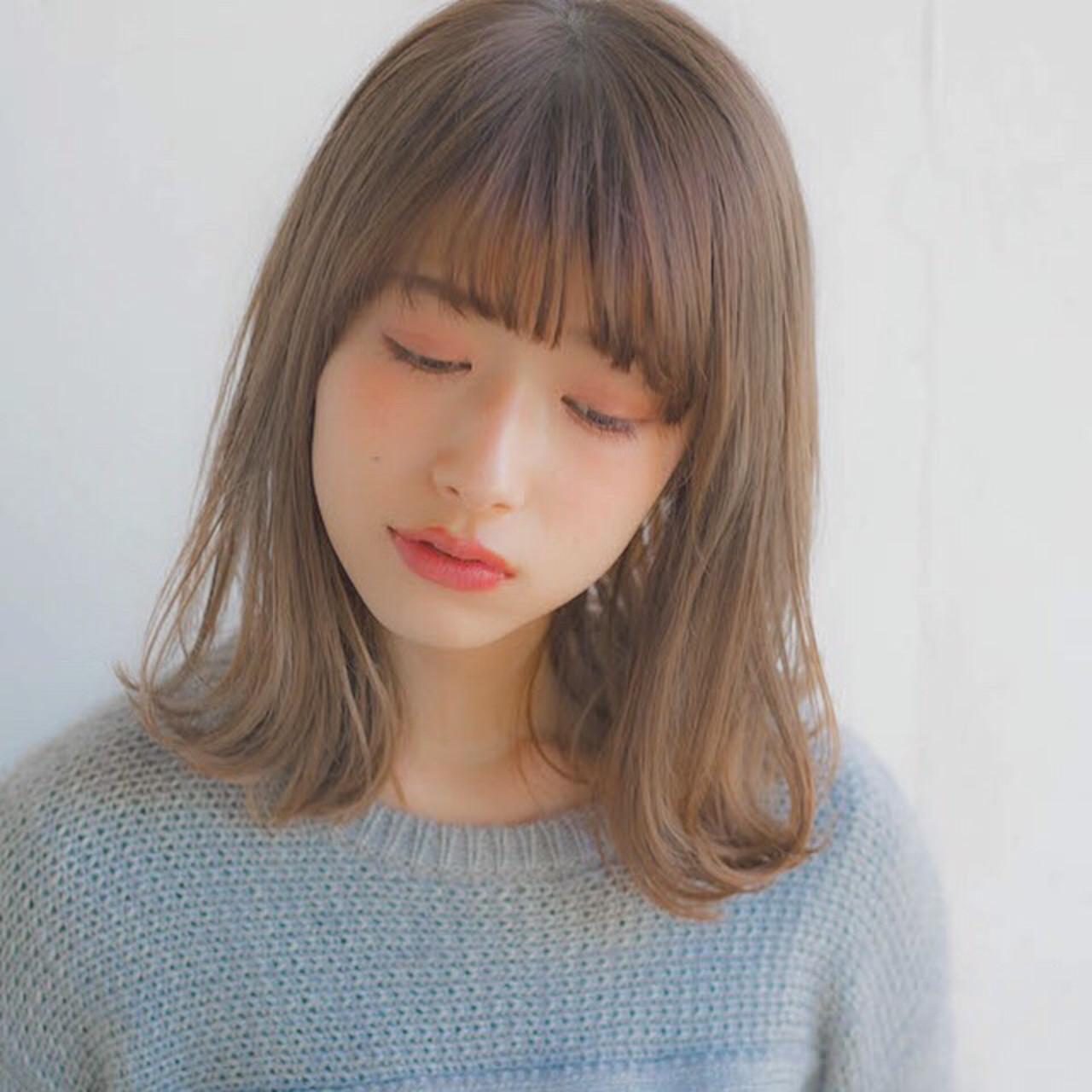 ミディアム アンニュイほつれヘア 大人かわいい パーマ ヘアスタイルや髪型の写真・画像