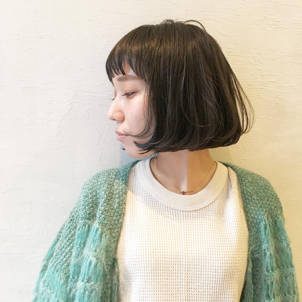 ゆるふわ 暗髪 ボブ ナチュラル ヘアスタイルや髪型の写真・画像   津村正和/大阪心斎橋 / freelance