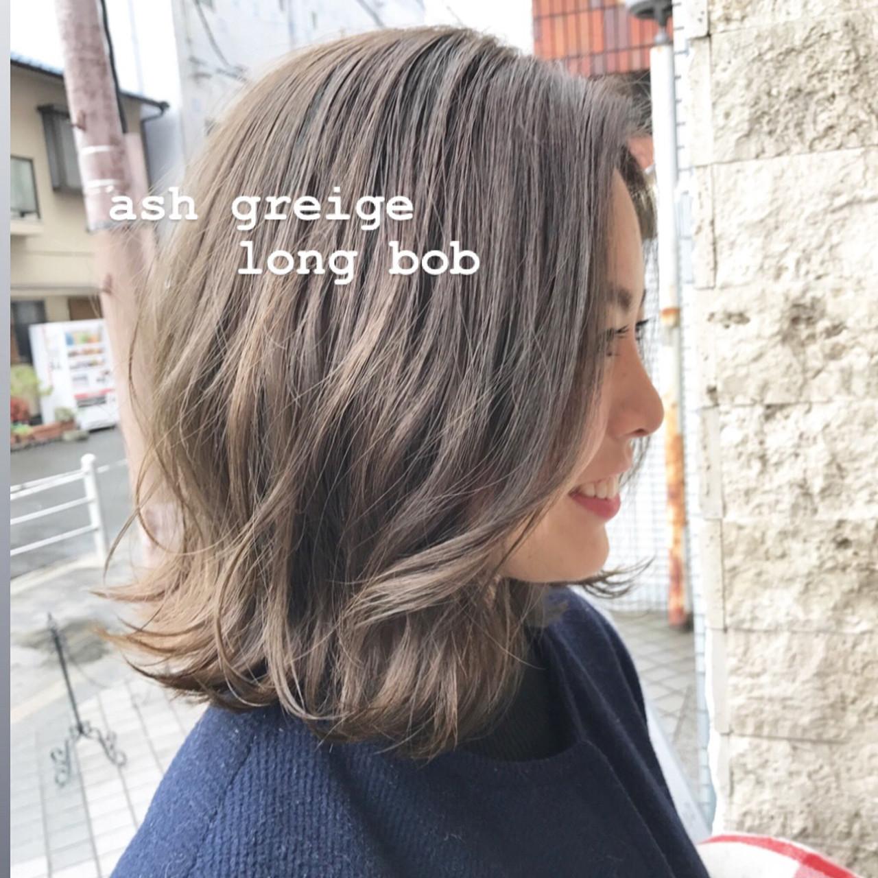 まとまるボブ ロブ ナチュラル アッシュグレージュ ヘアスタイルや髪型の写真・画像