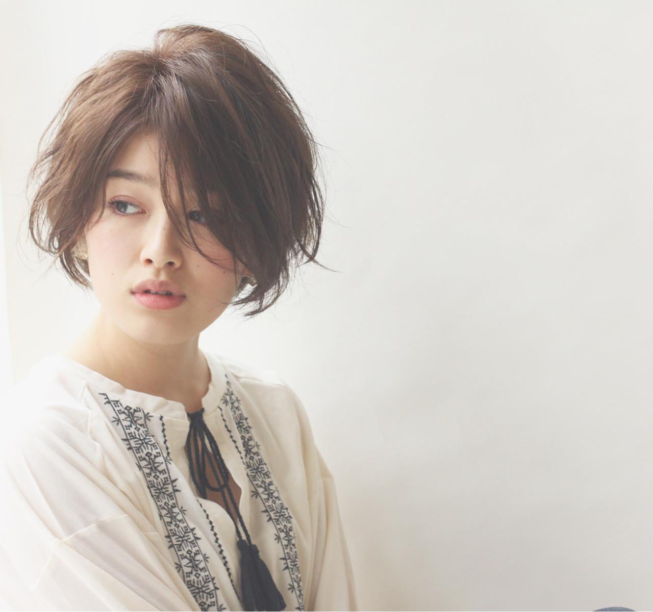 大人女子に人気の髪型とは?力の抜けたナチュラルさが魅力のヘアスタイル10選 ショートボブの匠【 山内大成 】