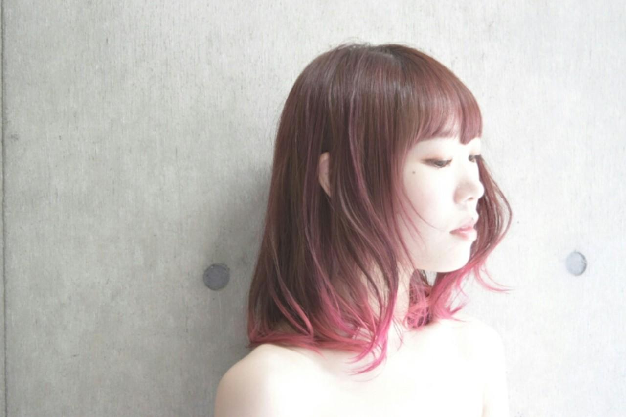 ダブルカラー パーマ グラデーションカラー ミディアム ヘアスタイルや髪型の写真・画像