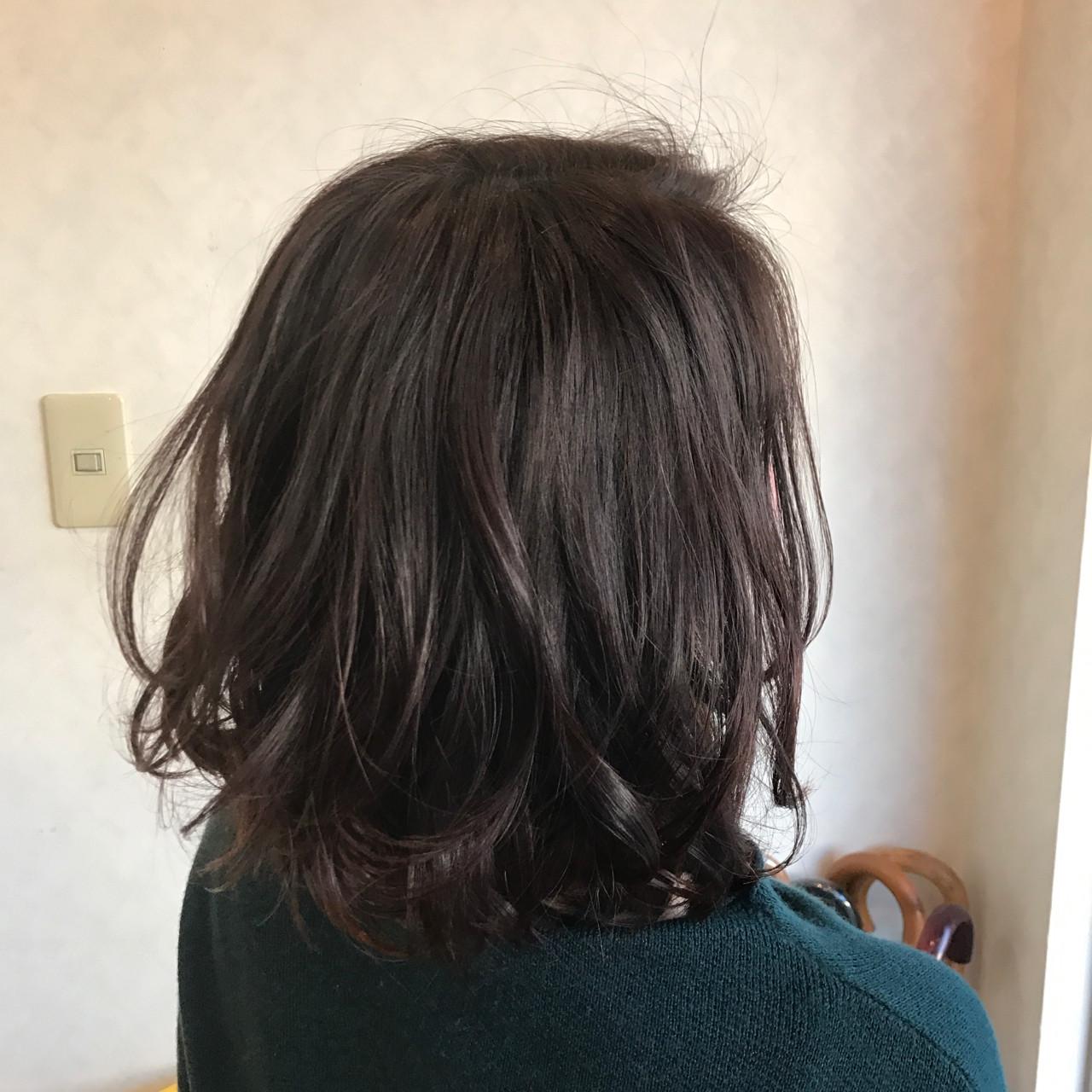 ボブ 外ハネ カール 大人女子 ヘアスタイルや髪型の写真・画像