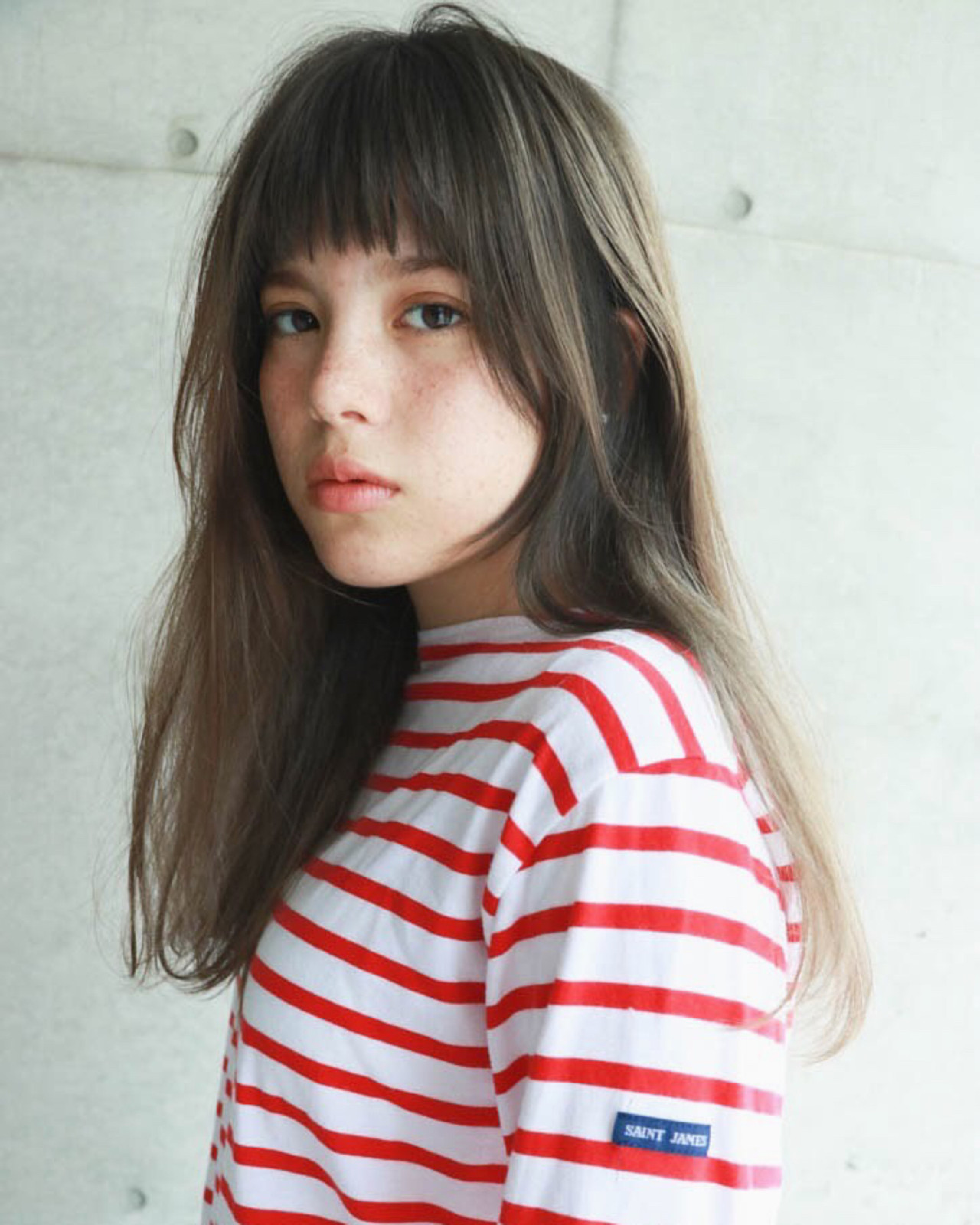 セミロング リラックス 前髪あり 透明感 ヘアスタイルや髪型の写真・画像 | 一色 さおり / LOAVE AOYAMA(ローブ アオヤマ)