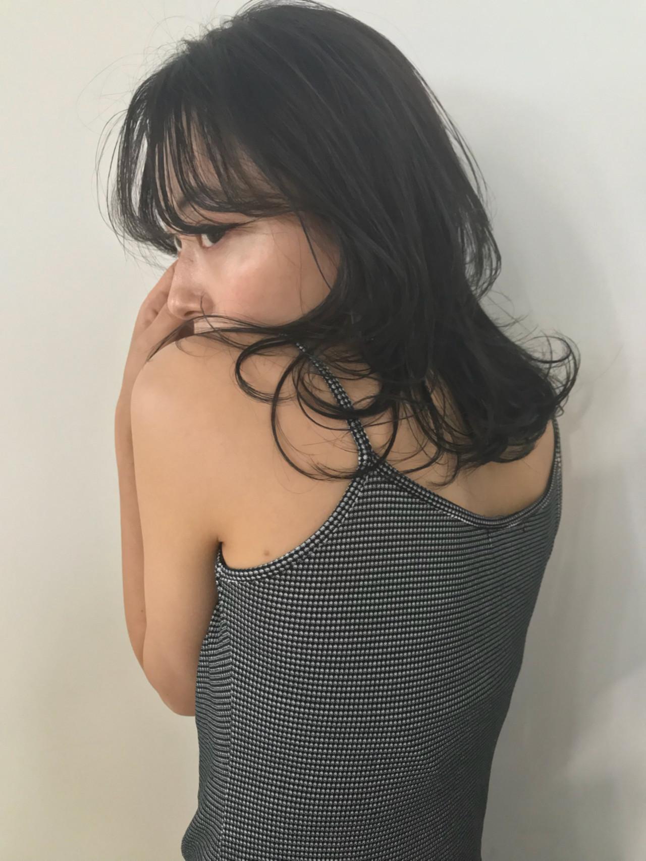ミディアム ナチュラル 外ハネ 抜け感 ヘアスタイルや髪型の写真・画像 | 東峰 愛 / nanuk shibuya