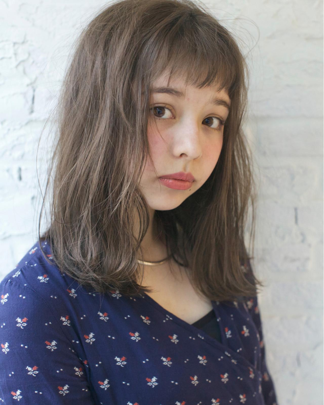 ミディアム ゆるふわ ハイライト ナチュラル ヘアスタイルや髪型の写真・画像 | 佐脇 正徳 / LOAVE AOYAMA(ローヴ アオヤマ)