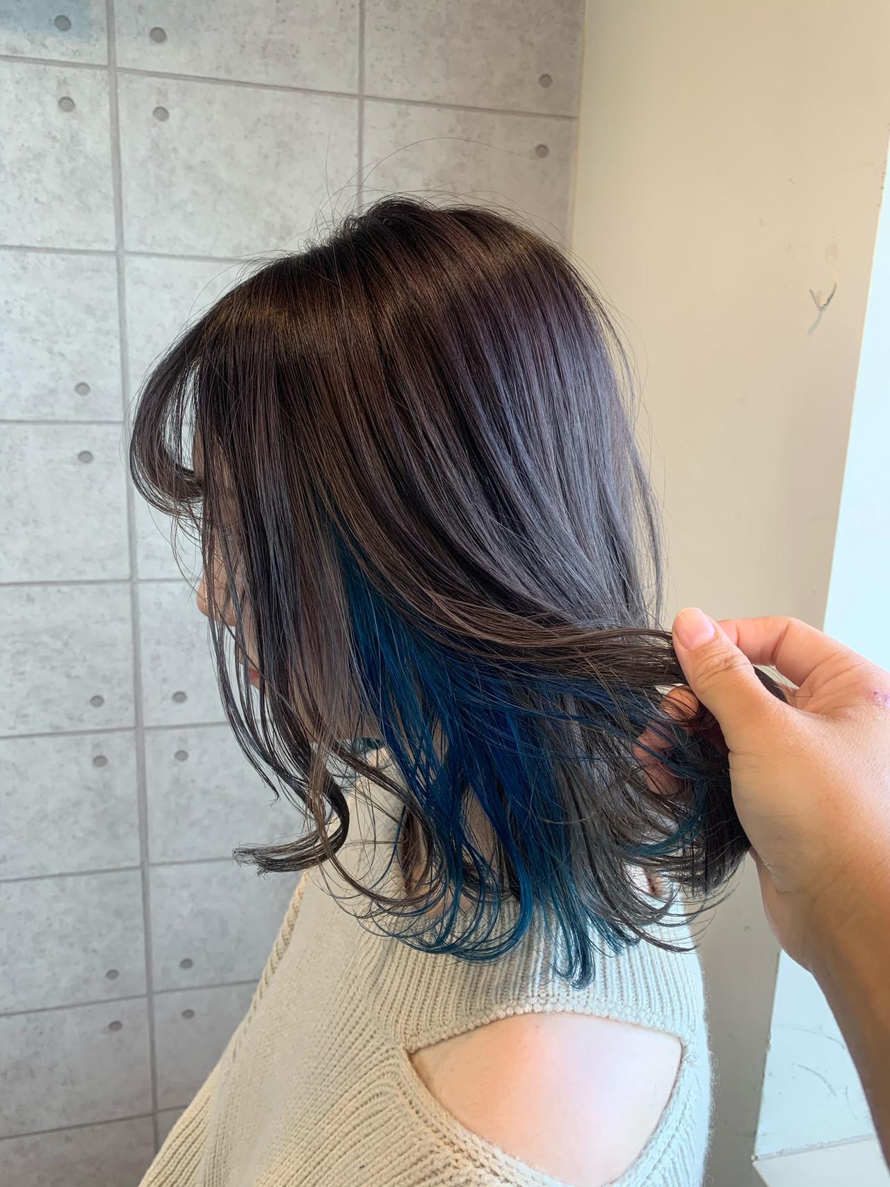 ガーリー ブリーチ ブルー ポイントカラー ヘアスタイルや髪型の写真・画像