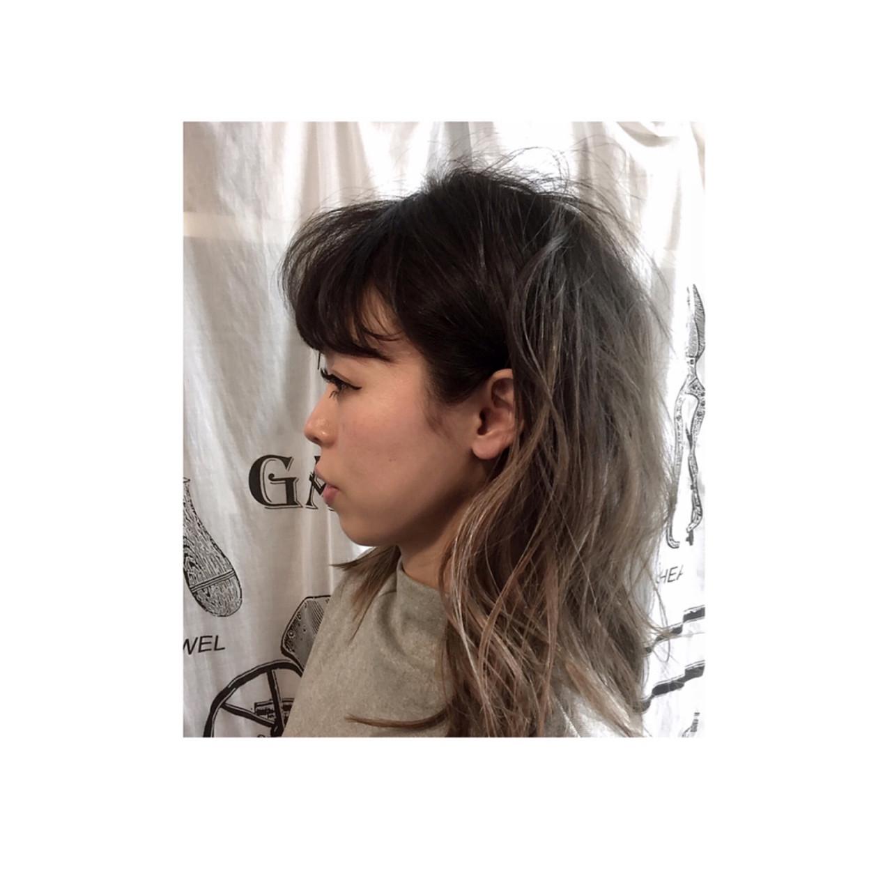外国人風 グラデーションカラー アッシュ ゆるふわ ヘアスタイルや髪型の写真・画像 | teddy / grauge hair