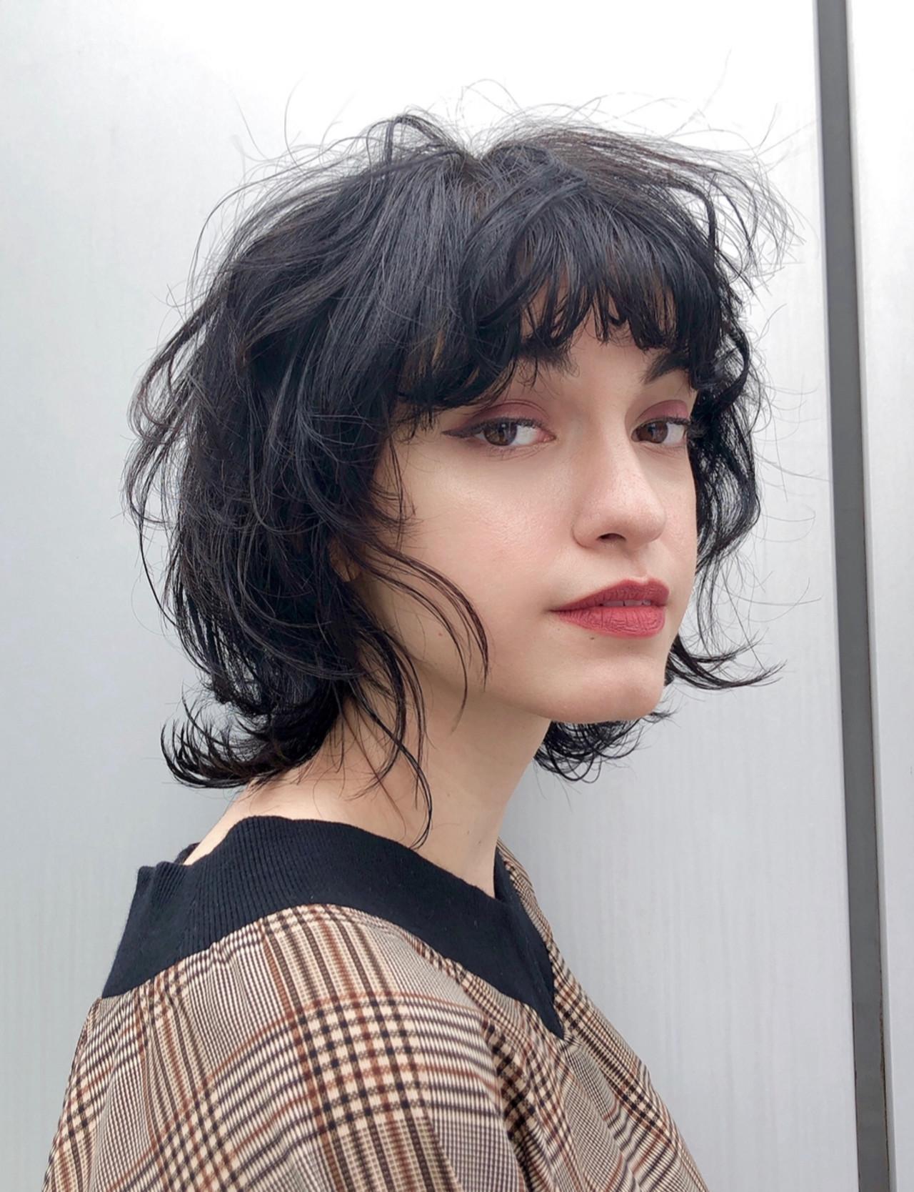 マッシュ 大人かわいい ミディアム ウルフカット ヘアスタイルや髪型の写真・画像