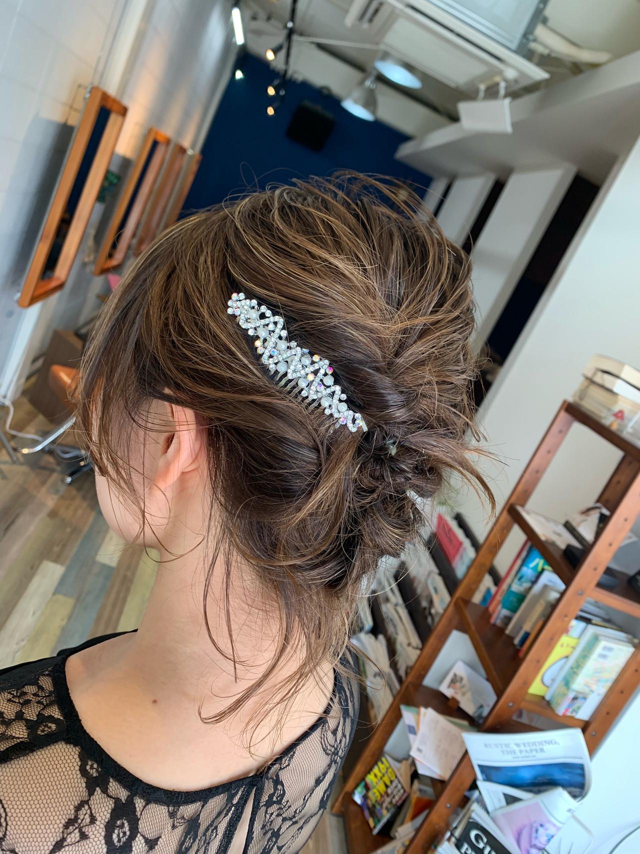 ハイライト フェミニン ヘアアレンジ 結婚式 ヘアスタイルや髪型の写真・画像 | Hatori Masaki / rela hair salon