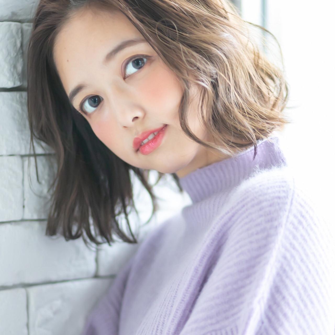 フェミニン ミニボブ 切りっぱなしボブ かきあげバング ヘアスタイルや髪型の写真・画像 | affect・Misuzu / affect
