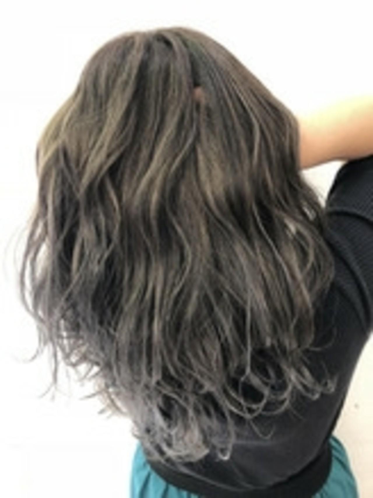 外国人風 暗髪 透明感 エレガント ヘアスタイルや髪型の写真・画像 | 竹下 大貴 / ヴァンカウンシル 八尾店