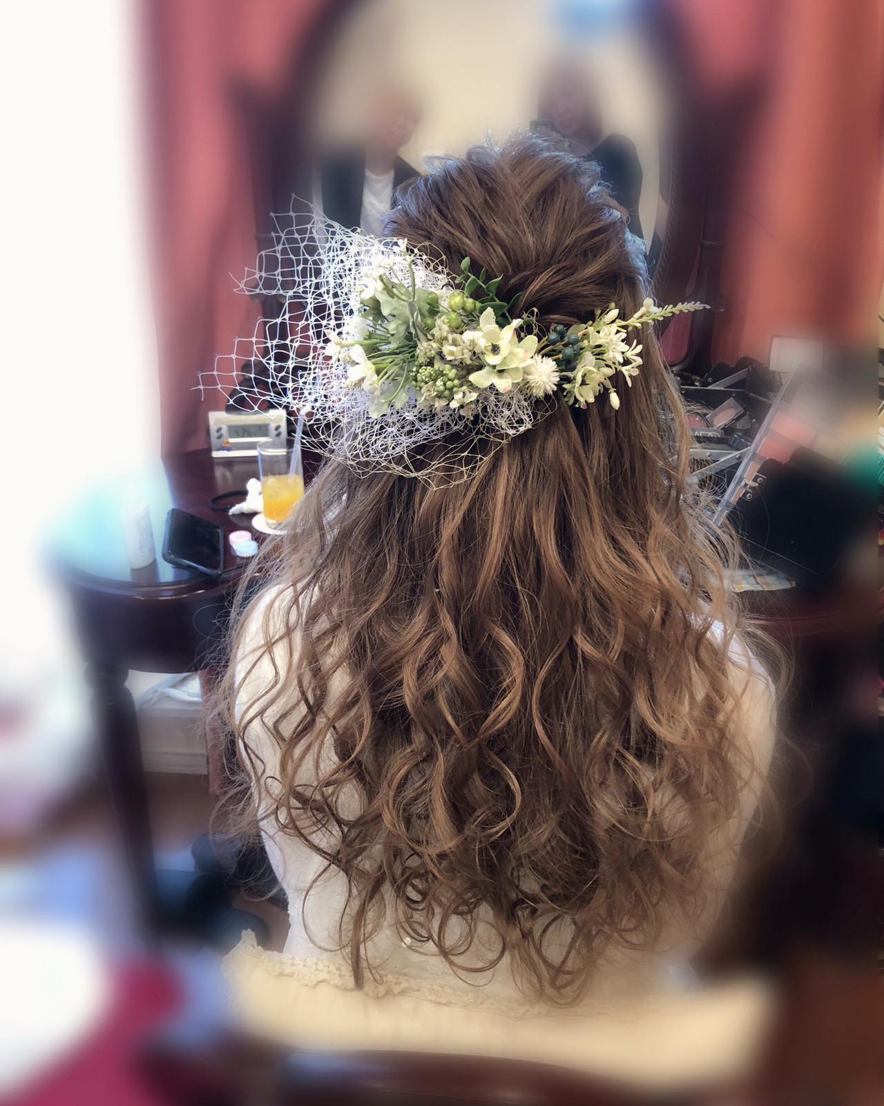 ヘアセット ブライダル ハーフアップ フェミニン ヘアスタイルや髪型の写真・画像