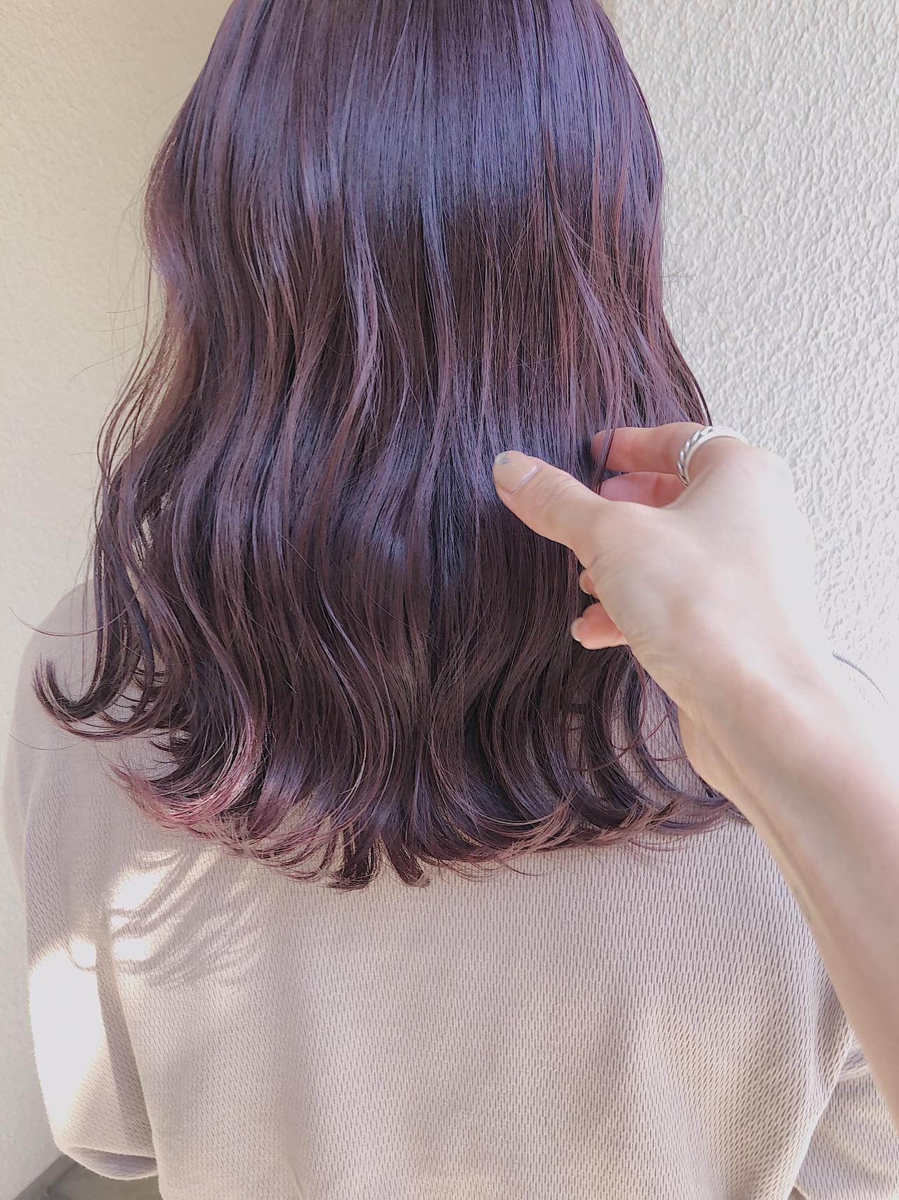 ナチュラル ミディアム ピンクラベンダー ダブルカラー ヘアスタイルや髪型の写真・画像 | ニシムラ カナ / La familia