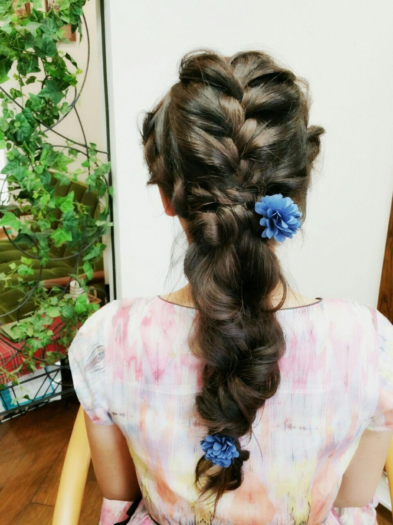 ヘアアレンジ ヘアゴム ロング 花 ヘアスタイルや髪型の写真・画像