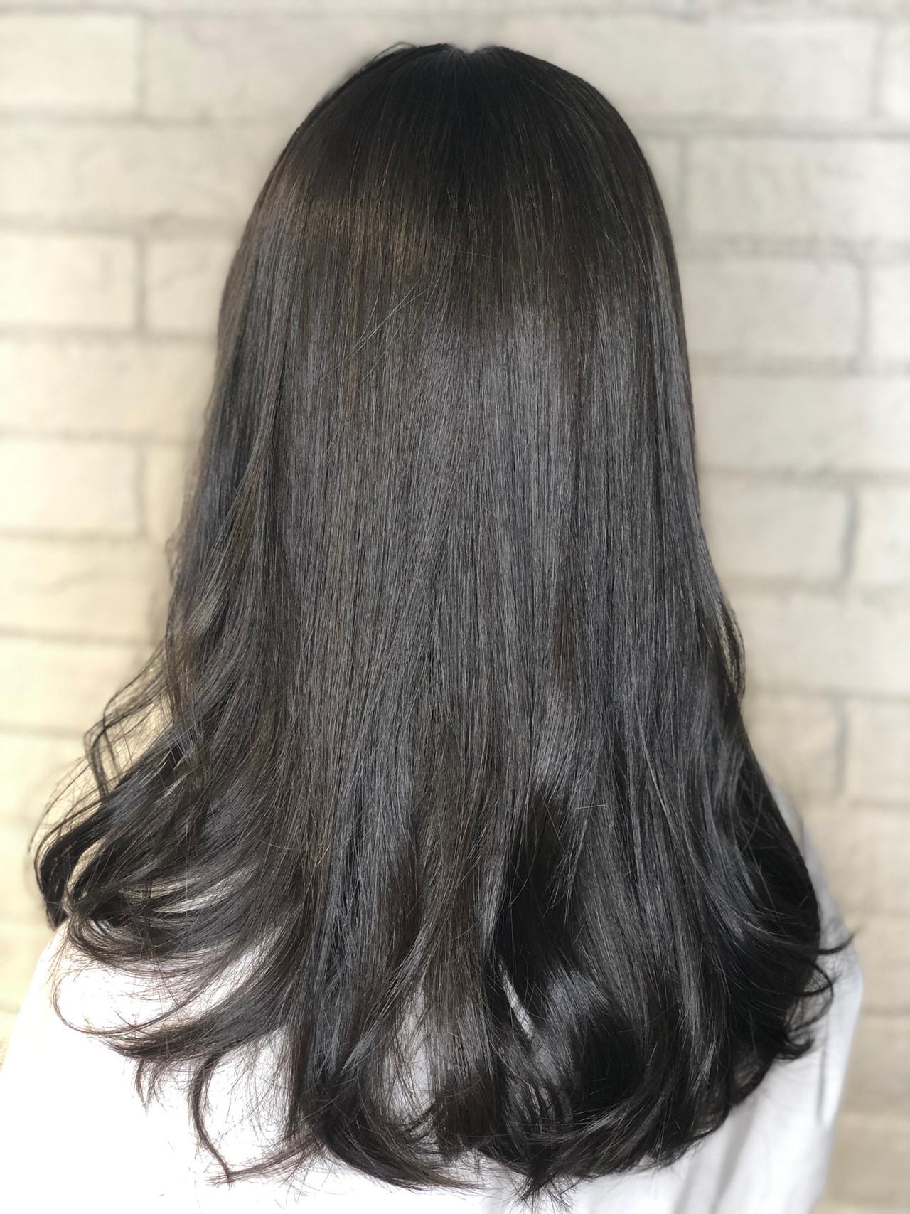 ロング デート オリーブアッシュ ヘアアレンジ ヘアスタイルや髪型の写真・画像