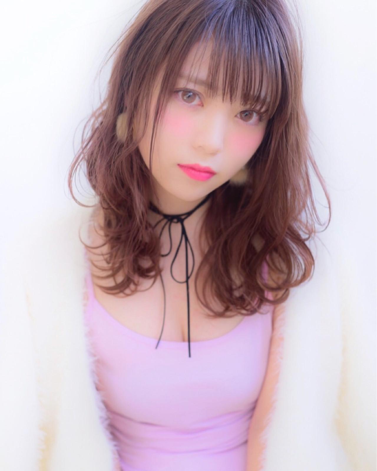 ミディアム 外国人風 ガーリー 色気 ヘアスタイルや髪型の写真・画像