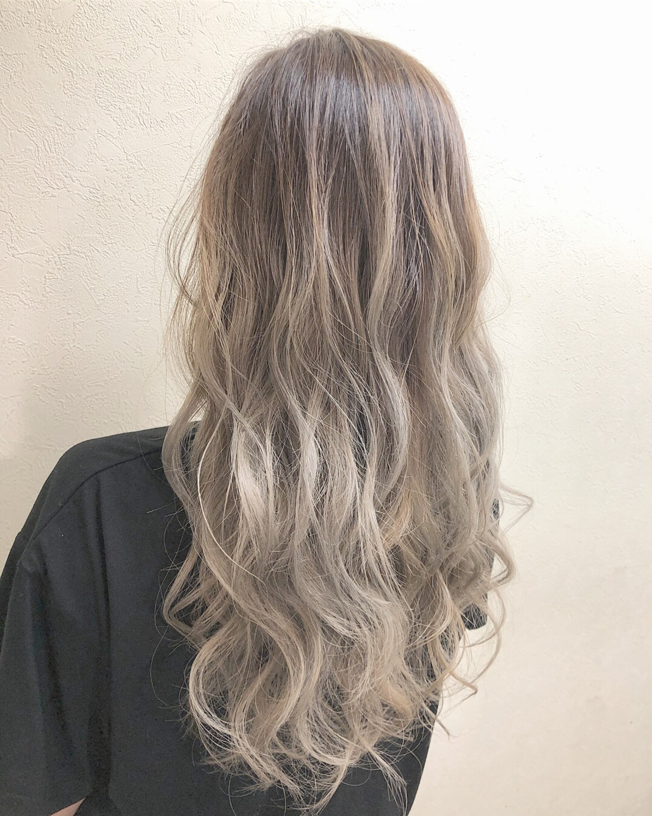 ダブルカラー エレガント トリートメント ハイライト ヘアスタイルや髪型の写真・画像