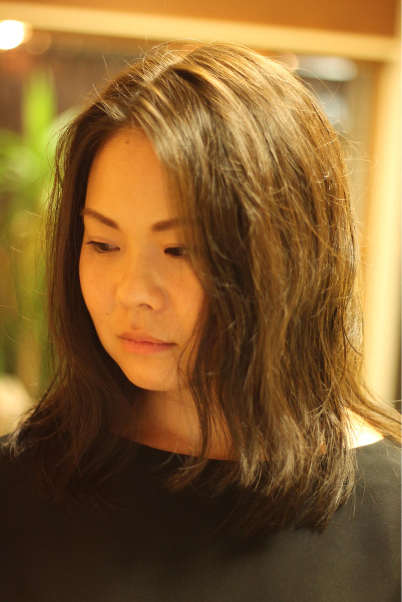 アンニュイ 愛され セミロング ガーリー ヘアスタイルや髪型の写真・画像