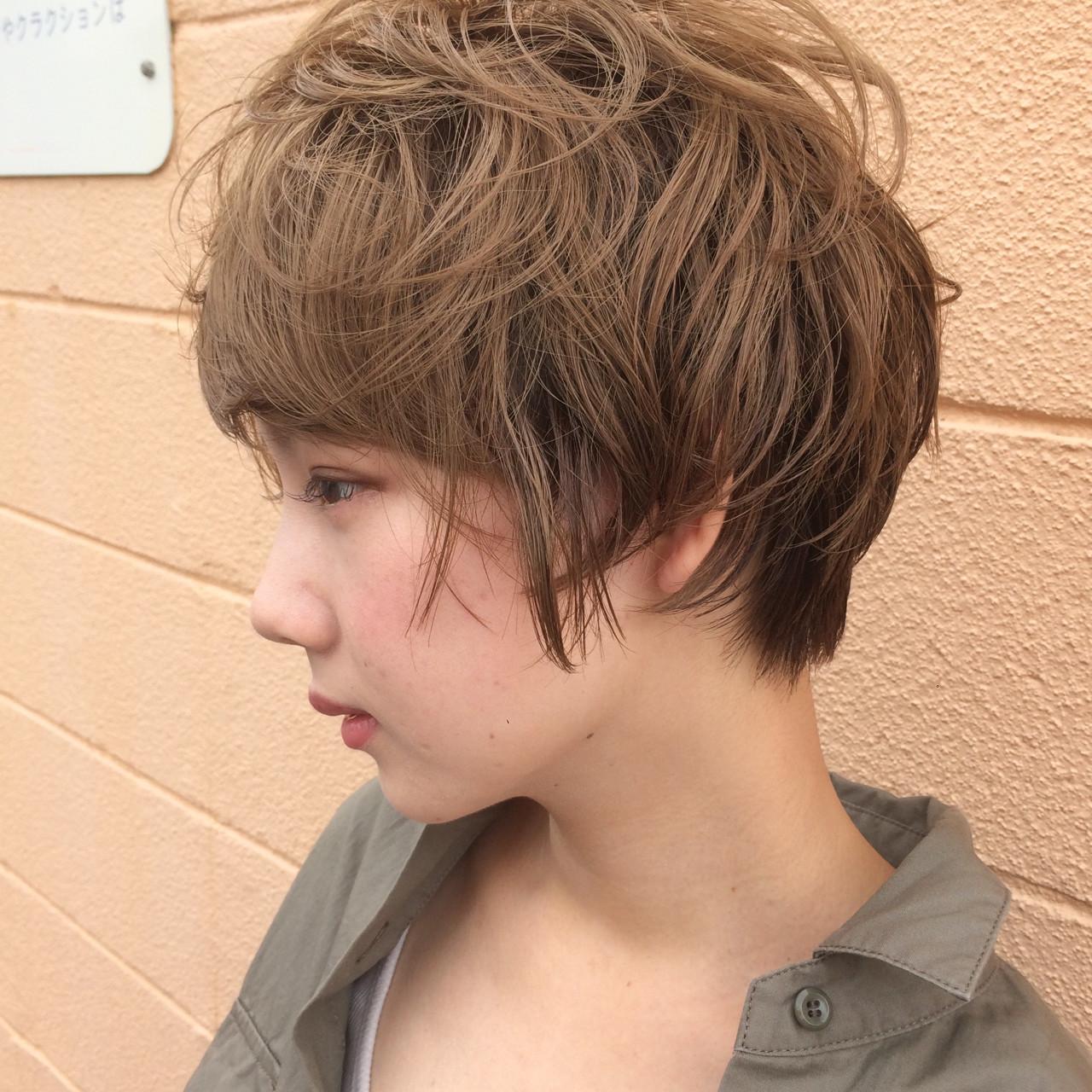 パーマ ラフ ウェットヘア ナチュラル ヘアスタイルや髪型の写真・画像