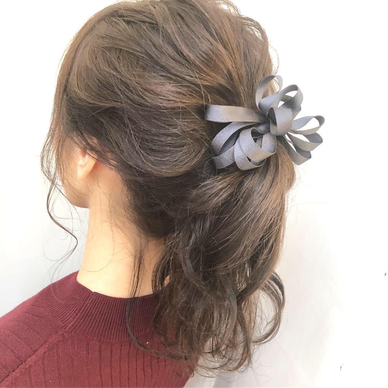 ナチュラル ポニーテール セミロング ルーズ ヘアスタイルや髪型の写真・画像 | Kaoru_ishiga / RadiaL HAIR DESIGN