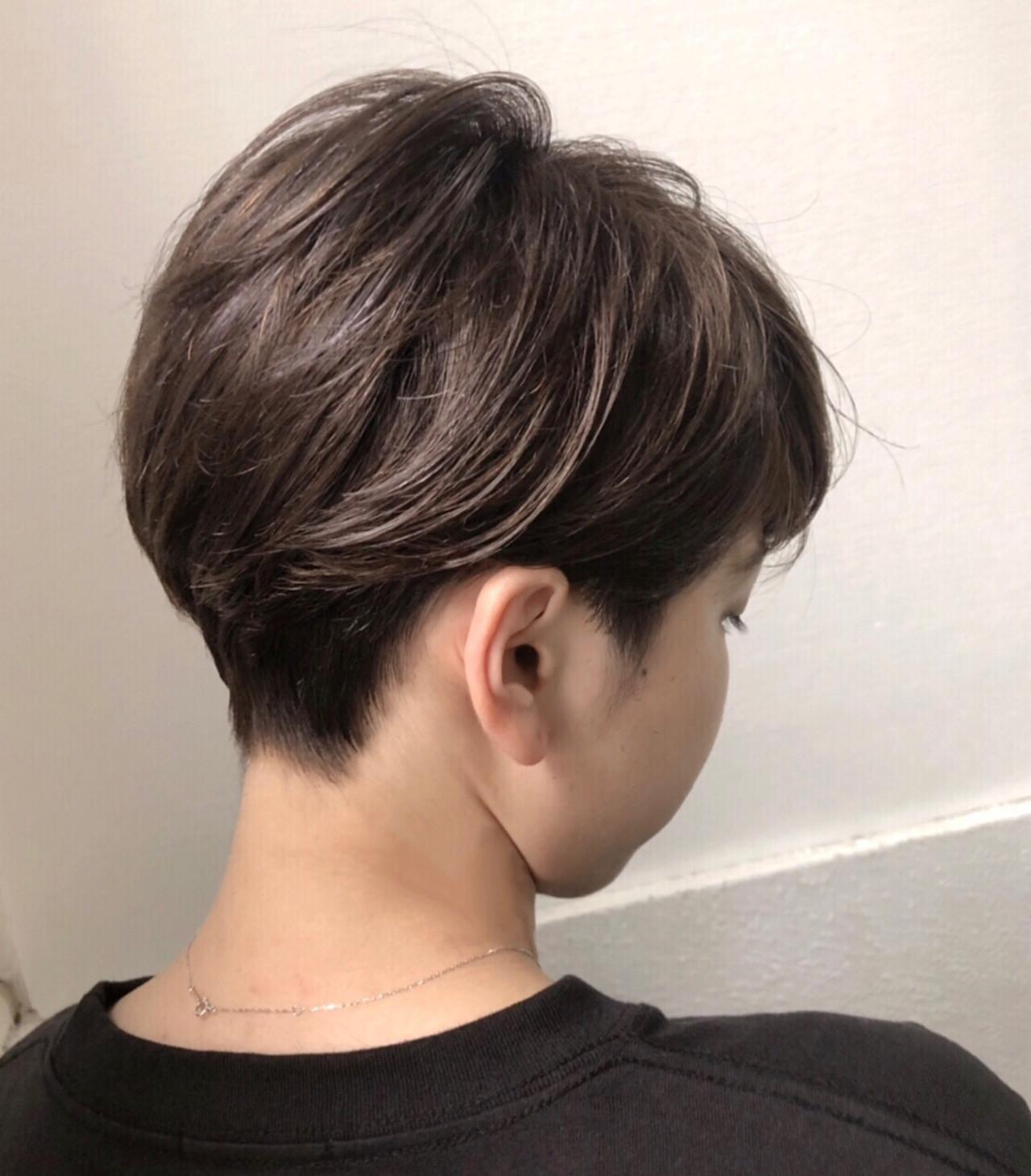 透明感 ショート ハイライト グレージュ ヘアスタイルや髪型の写真・画像