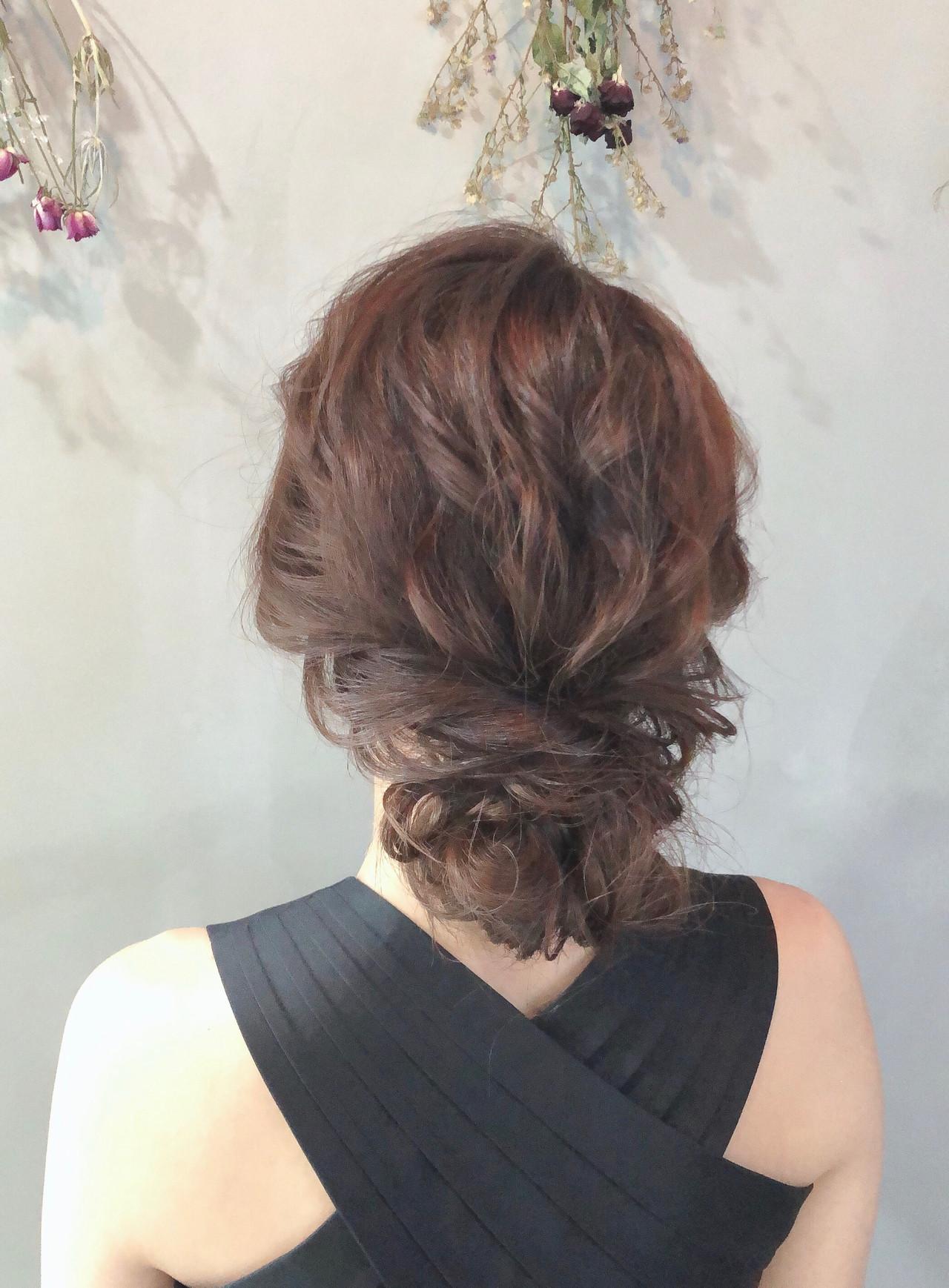 シニヨン お呼ばれヘア 外国人風 大人かわいい ヘアスタイルや髪型の写真・画像