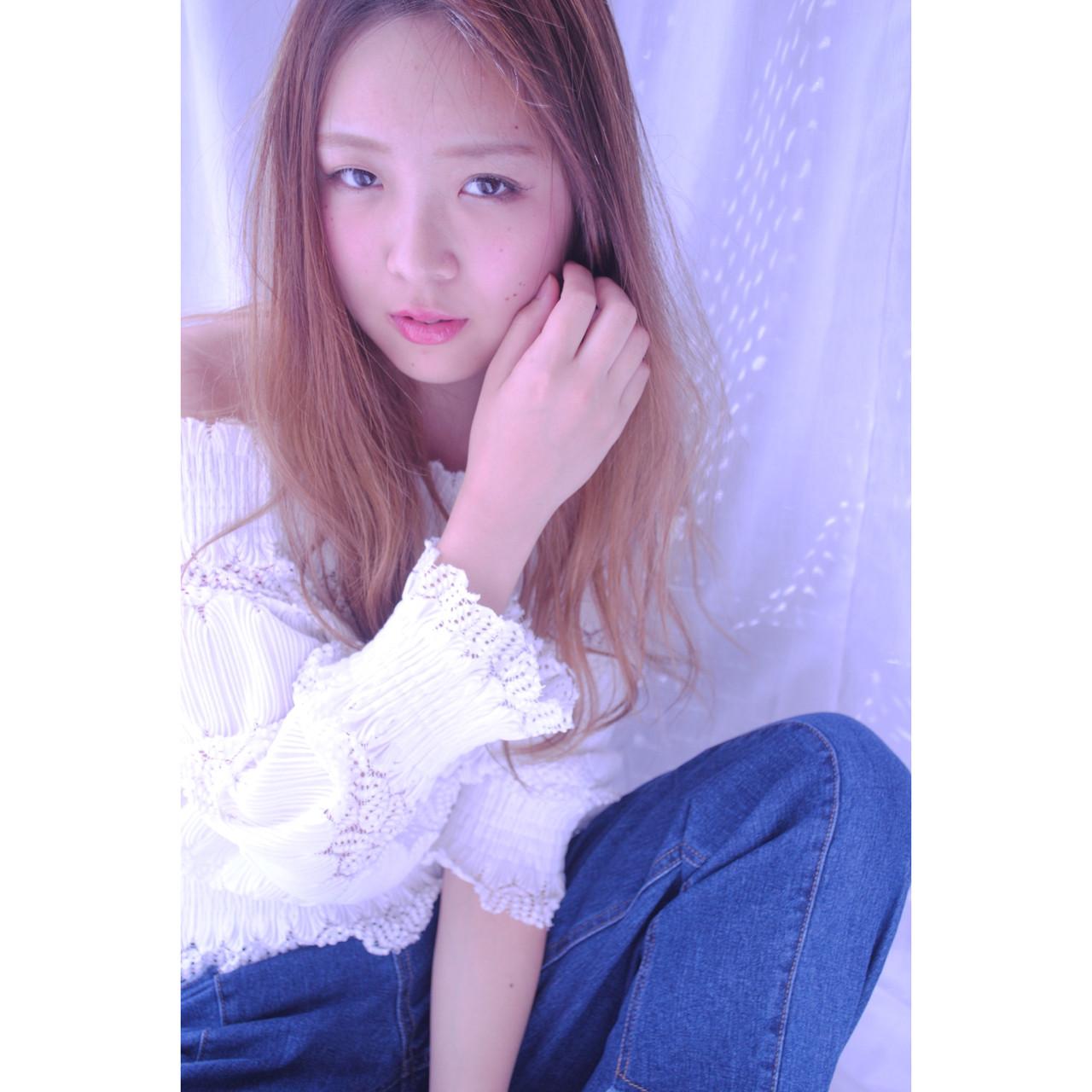 アンニュイ 小顔 こなれ感 外国人風 ヘアスタイルや髪型の写真・画像
