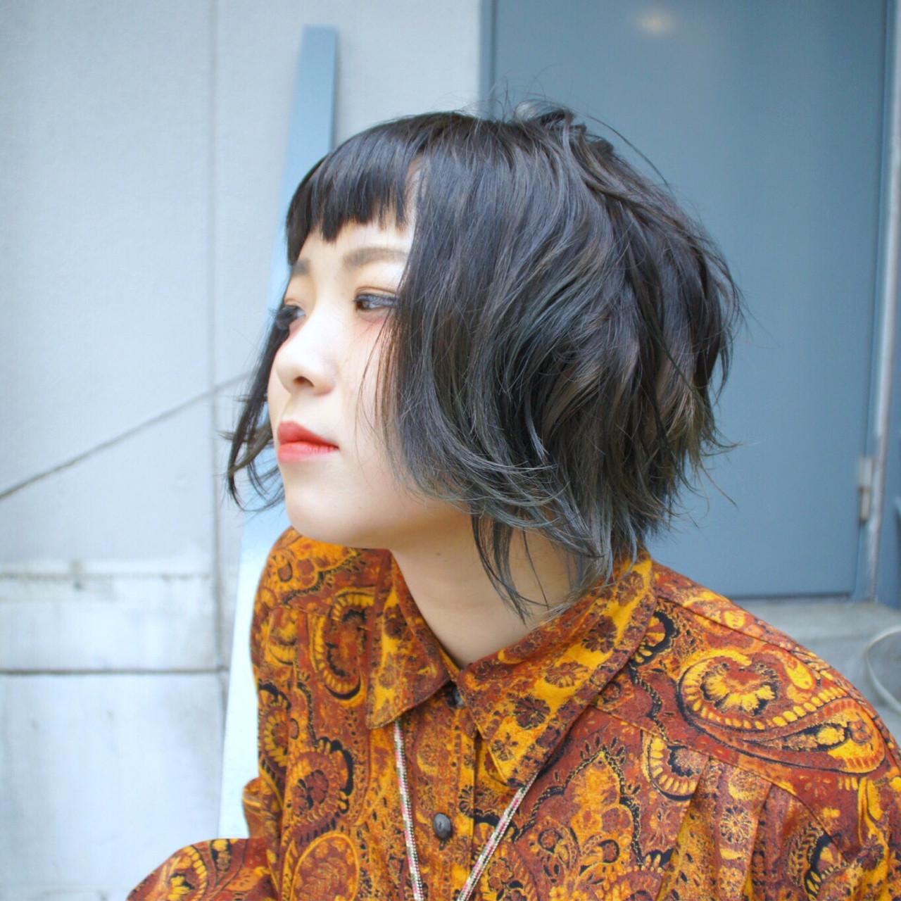 暗髪 ブルー メッシュ モード ヘアスタイルや髪型の写真・画像