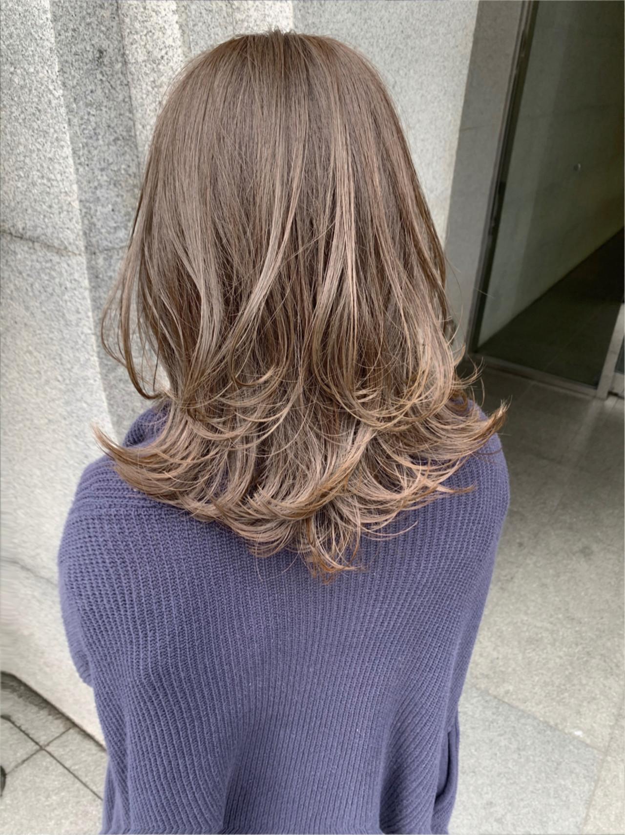 ベリーショート ショートヘア ミディアム ショートボブ ヘアスタイルや髪型の写真・画像 | 贄田清也 / Roamer
