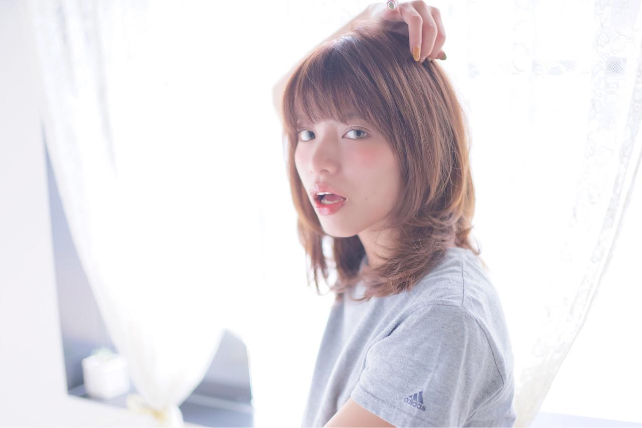 ミディアム ハイライト ナチュラル レイヤーカット ヘアスタイルや髪型の写真・画像 | ojiko. / ojiko hair & happy