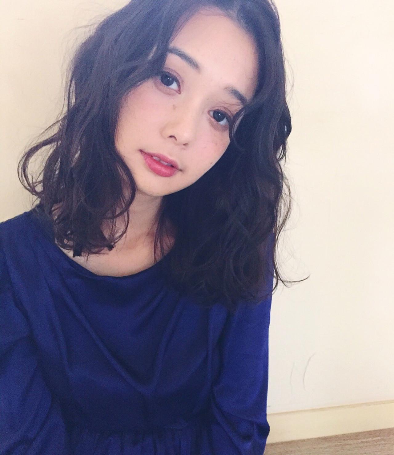 大人かわいい ヘアアレンジ 外ハネ ナチュラル ヘアスタイルや髪型の写真・画像 | Mirai / Lilou